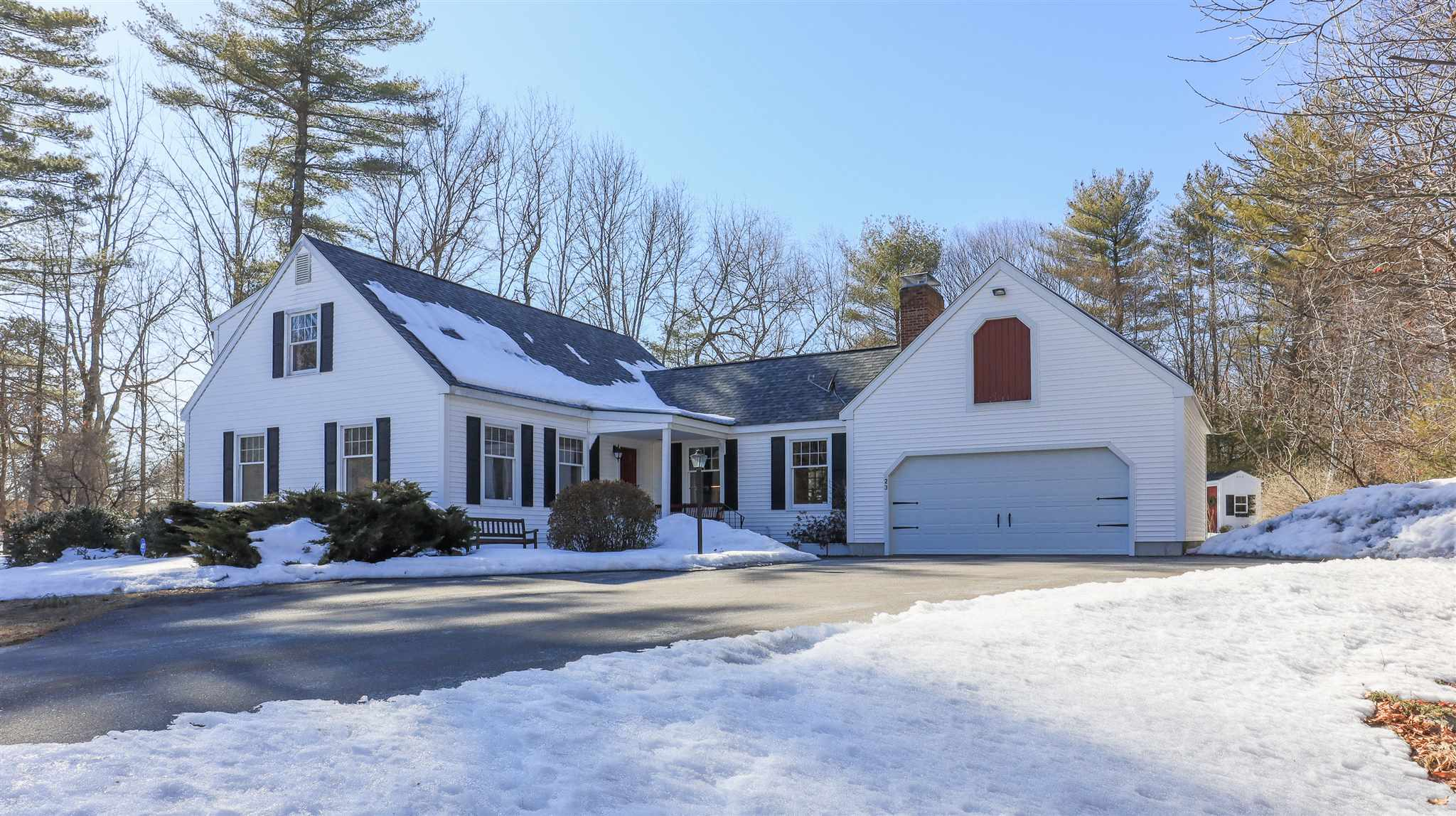23 Deer Run Road, Henniker, NH 03242