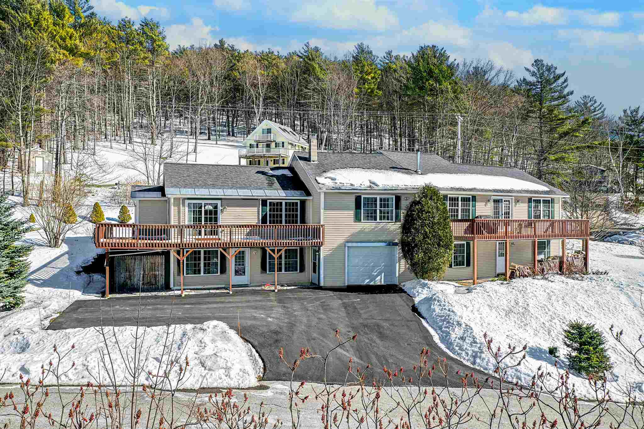 GILFORD NH Home for sale $$599,900 | $272 per sq.ft.