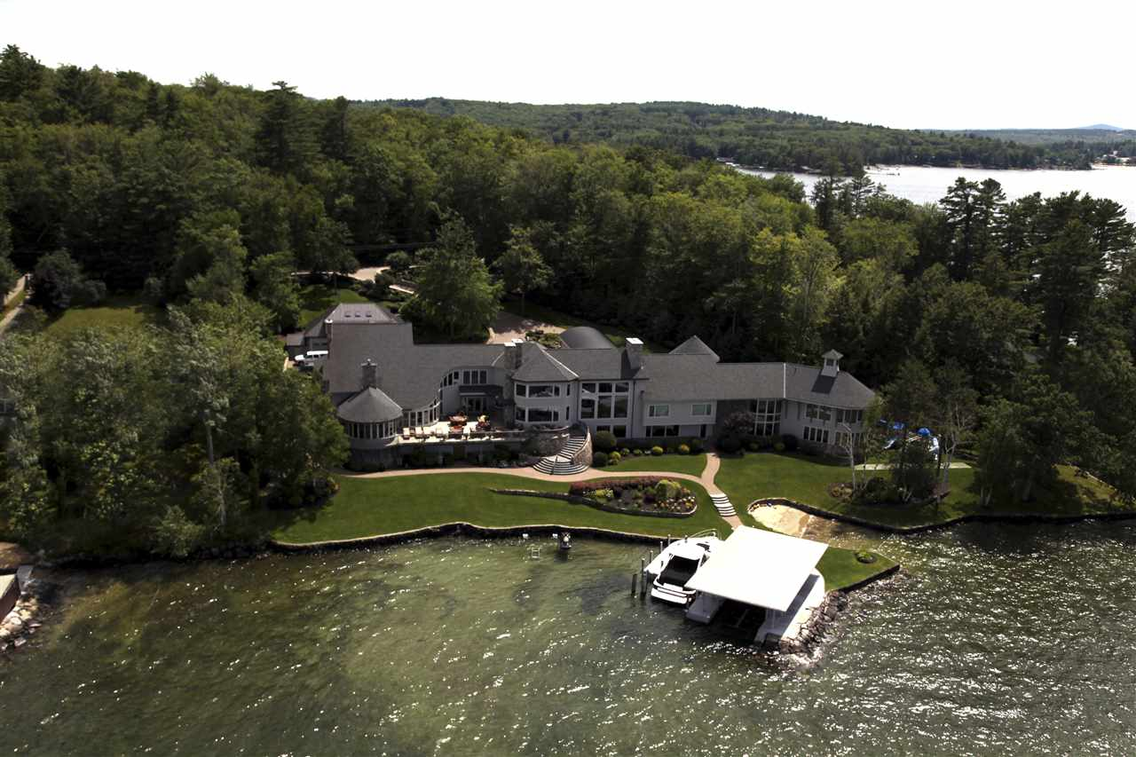 GILFORD NH Lake House for sale $$10,000,000 | $716 per sq.ft.
