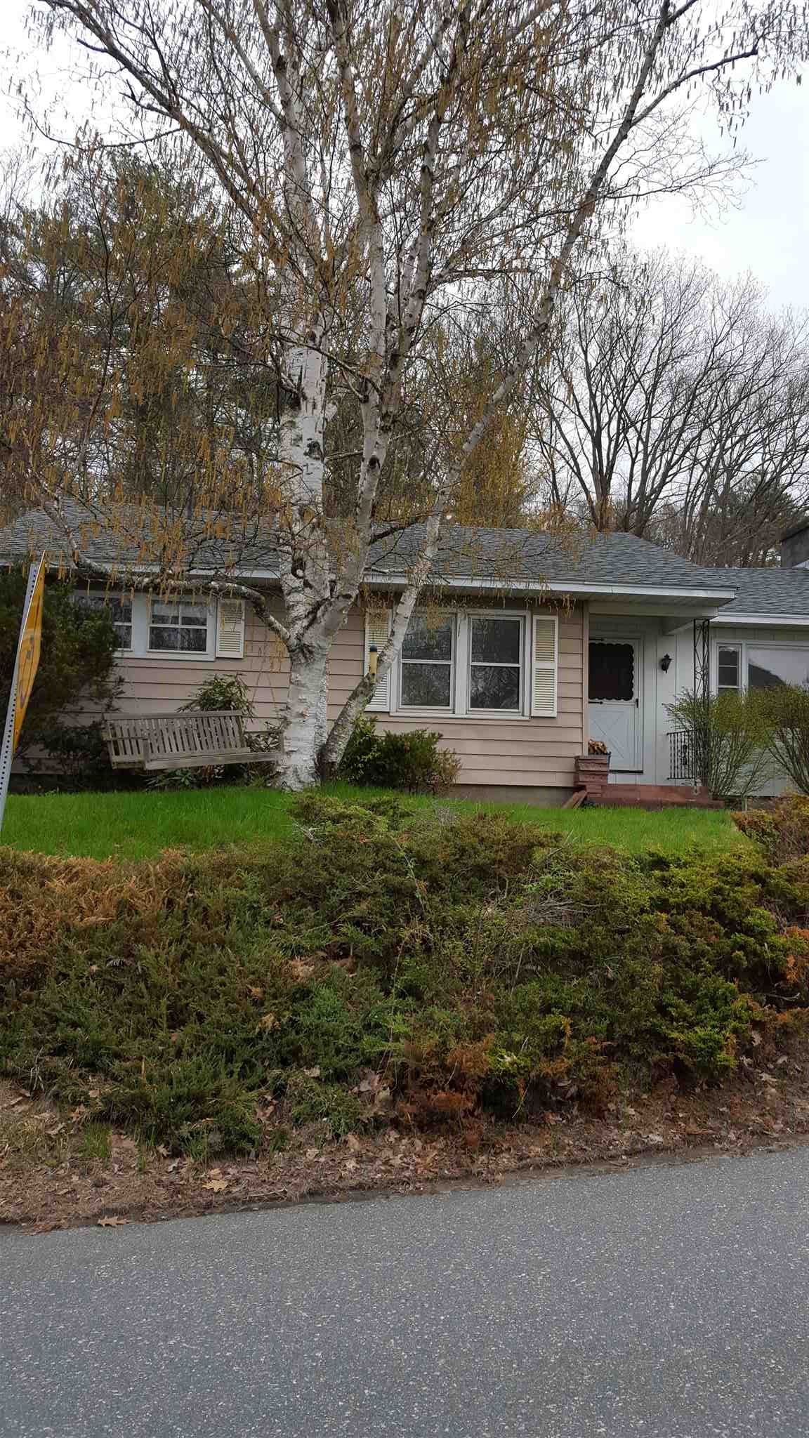 Hartford VT 05001Home for sale $List Price is $225,000