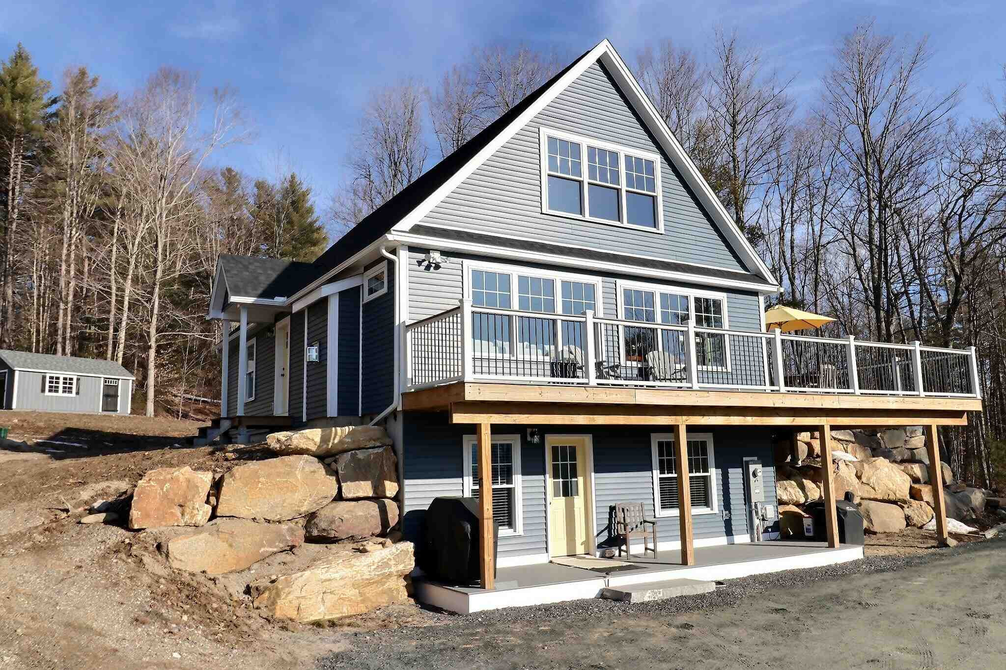 Sunapee NH 03782Home for sale $List Price is $649,000