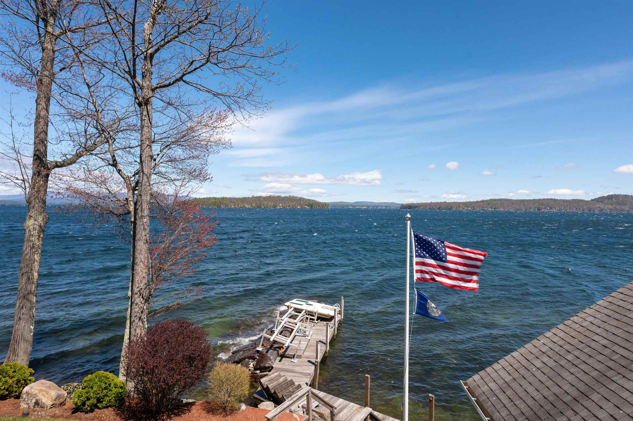 GILFORD NH Lake House for sale $$2,500,000 | $1,471 per sq.ft.