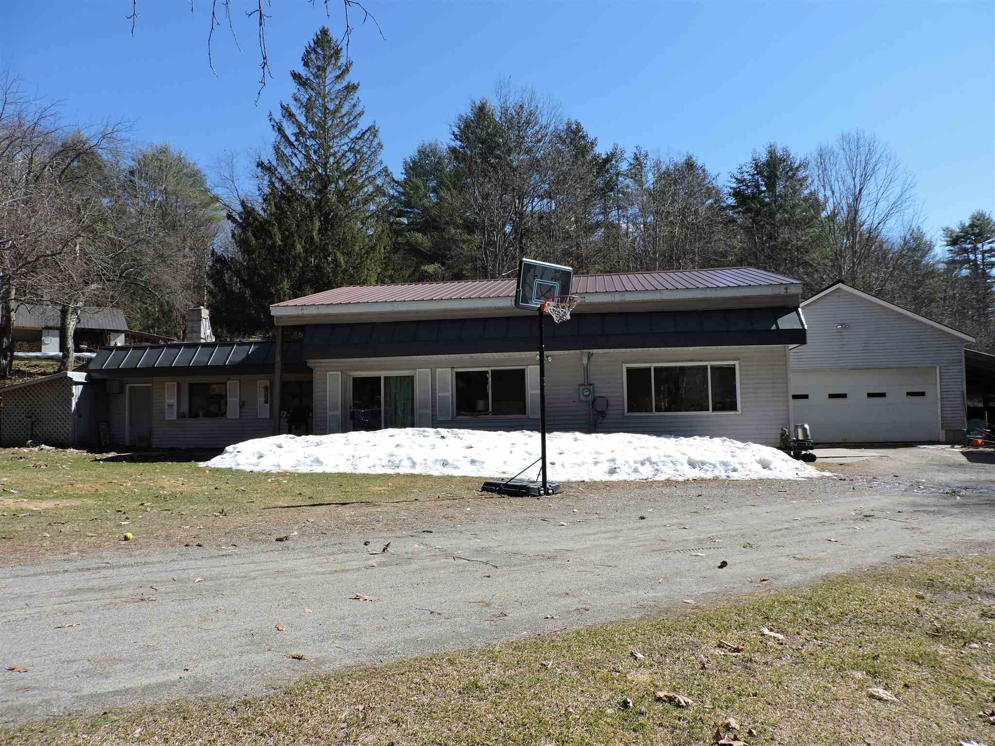 Hartland VT 05048Home for sale $List Price is $179,000