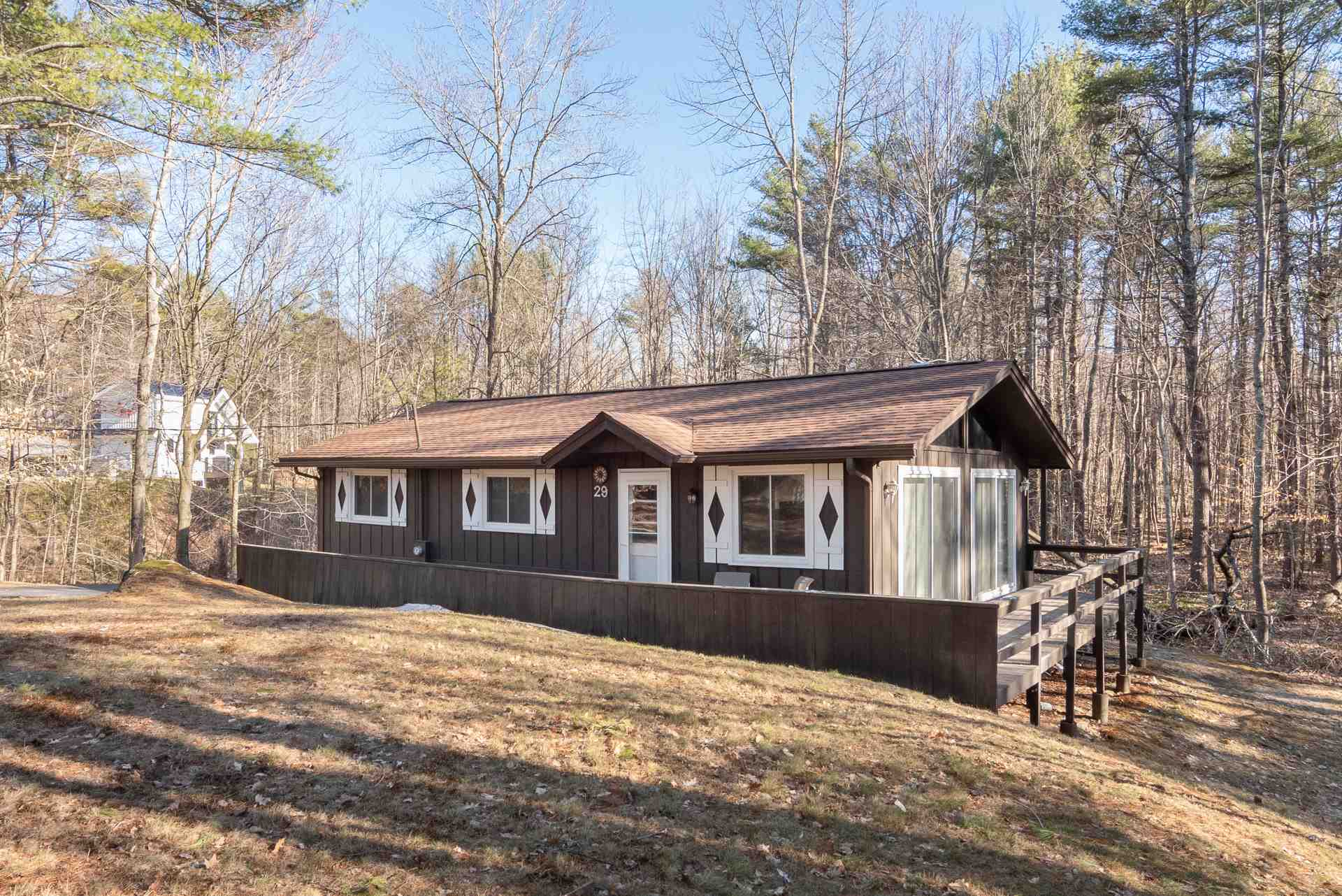 GILFORD NH Home for sale $$325,000 | $376 per sq.ft.