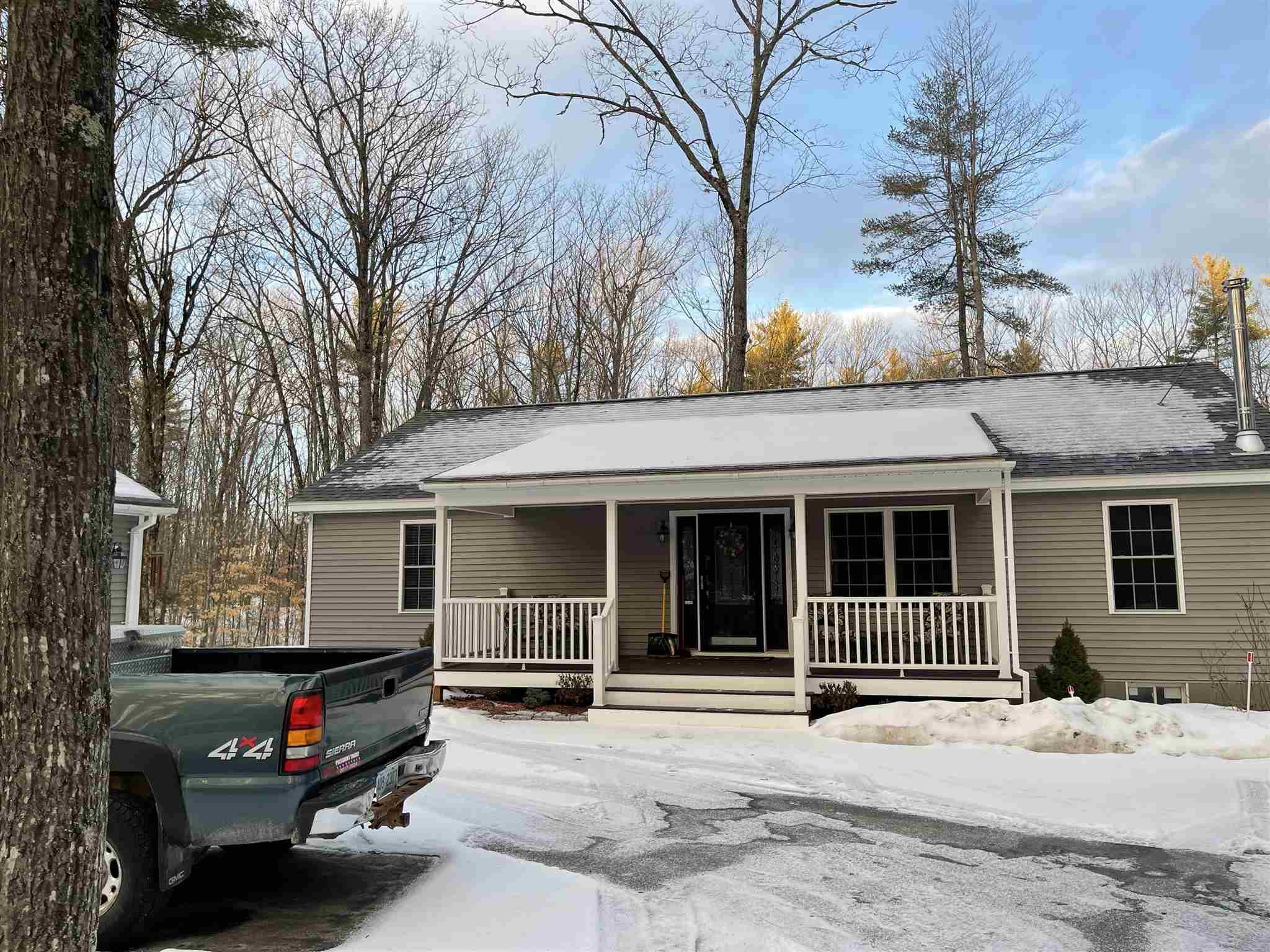 Photo of 53 Duncan Lake Road Ossipee NH 03864