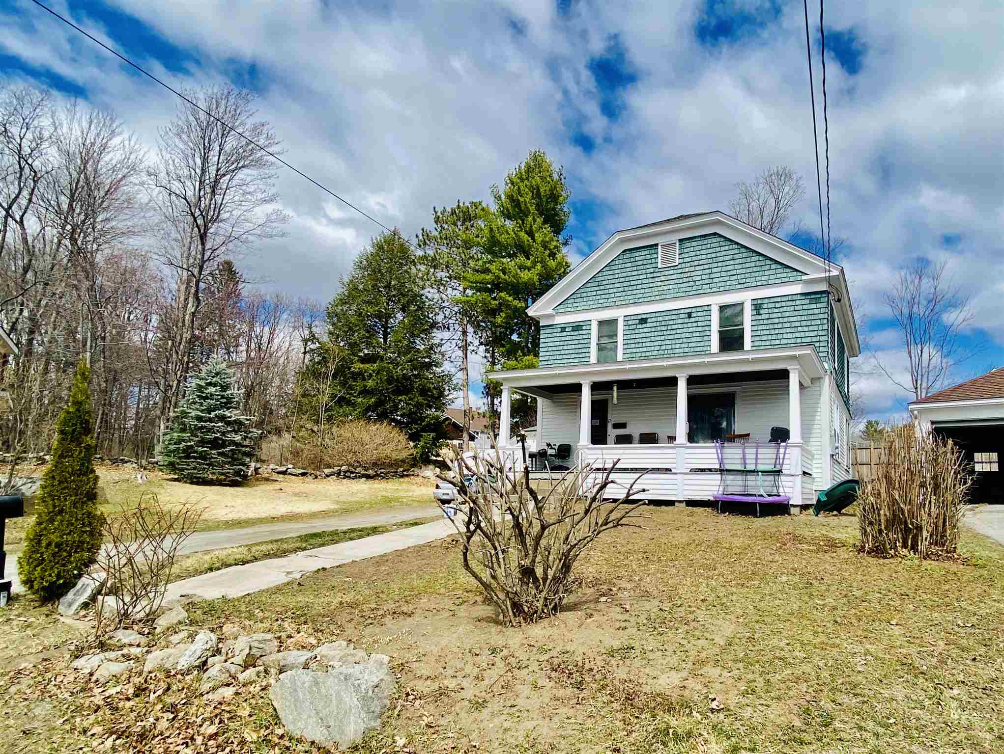 Newport NH 03773Home for sale $List Price is $225,000