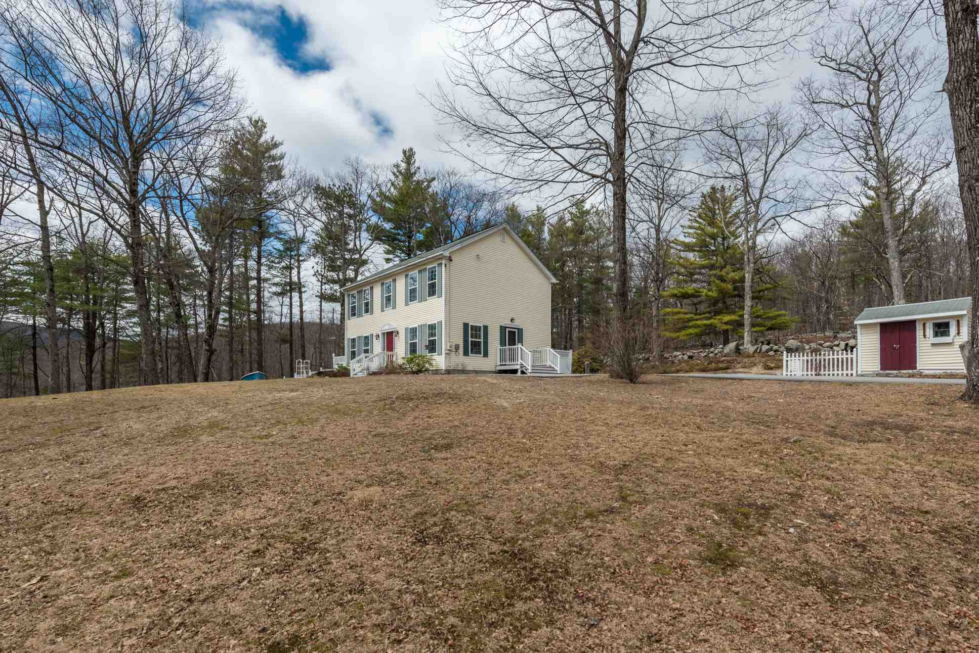 Newbury NH 03255Home for sale $List Price is $395,000