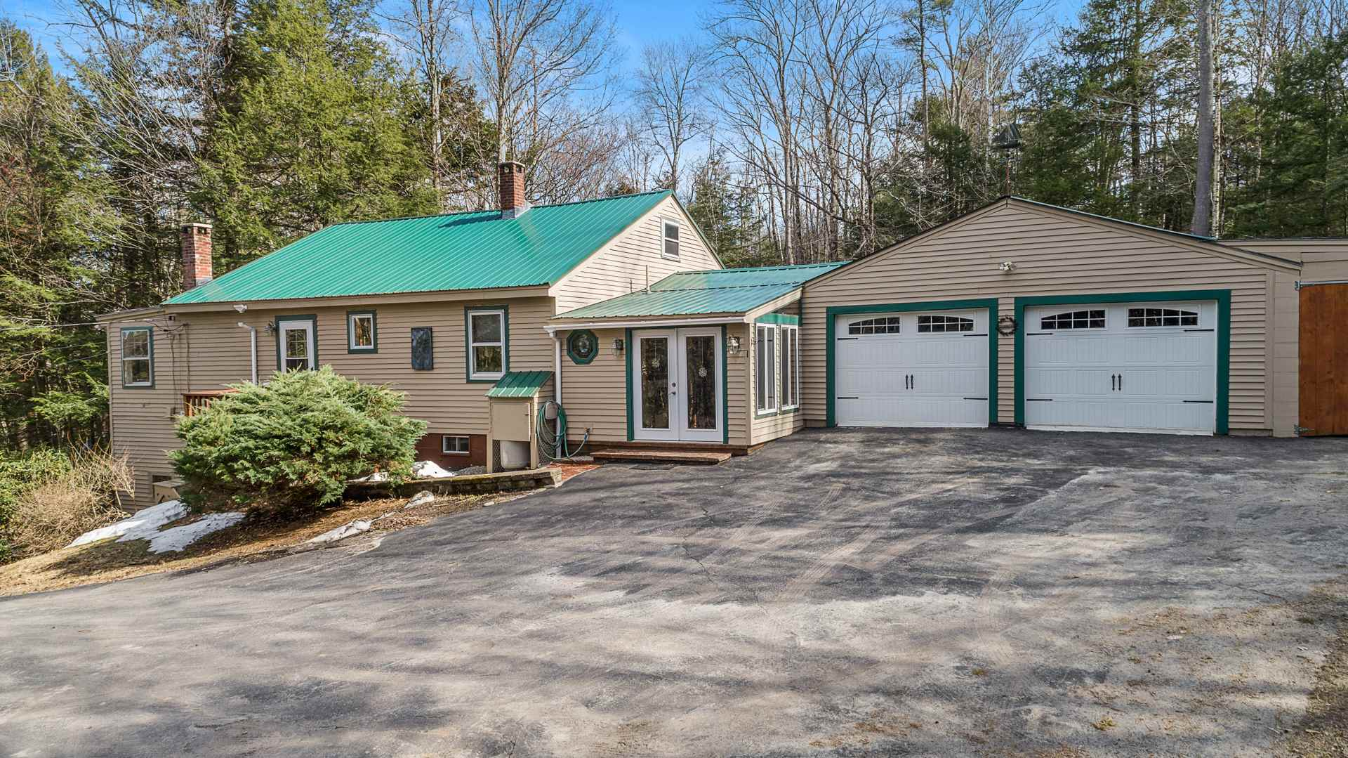 Sunapee NH 03782 Home for sale $List Price is $489,000