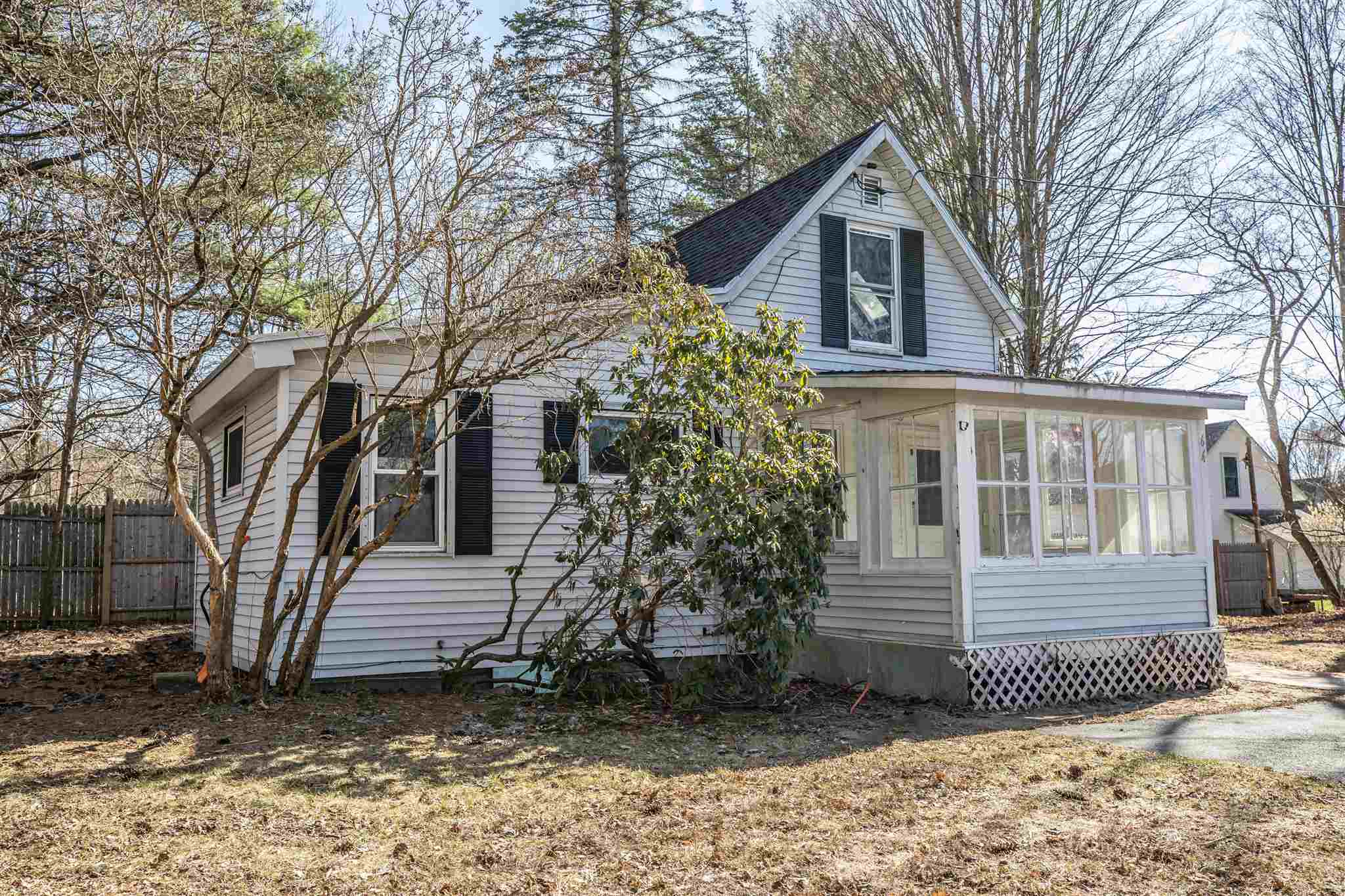 Charlestown NH 03603Home for sale $List Price is $164,900