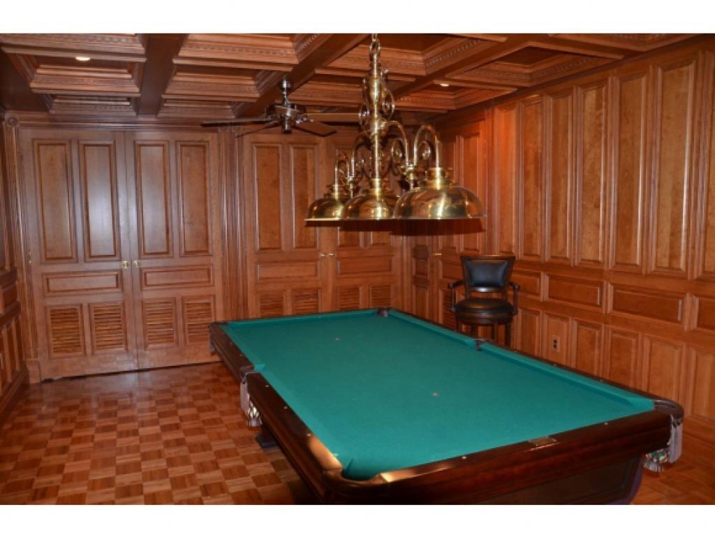 Billiards Room 16836860