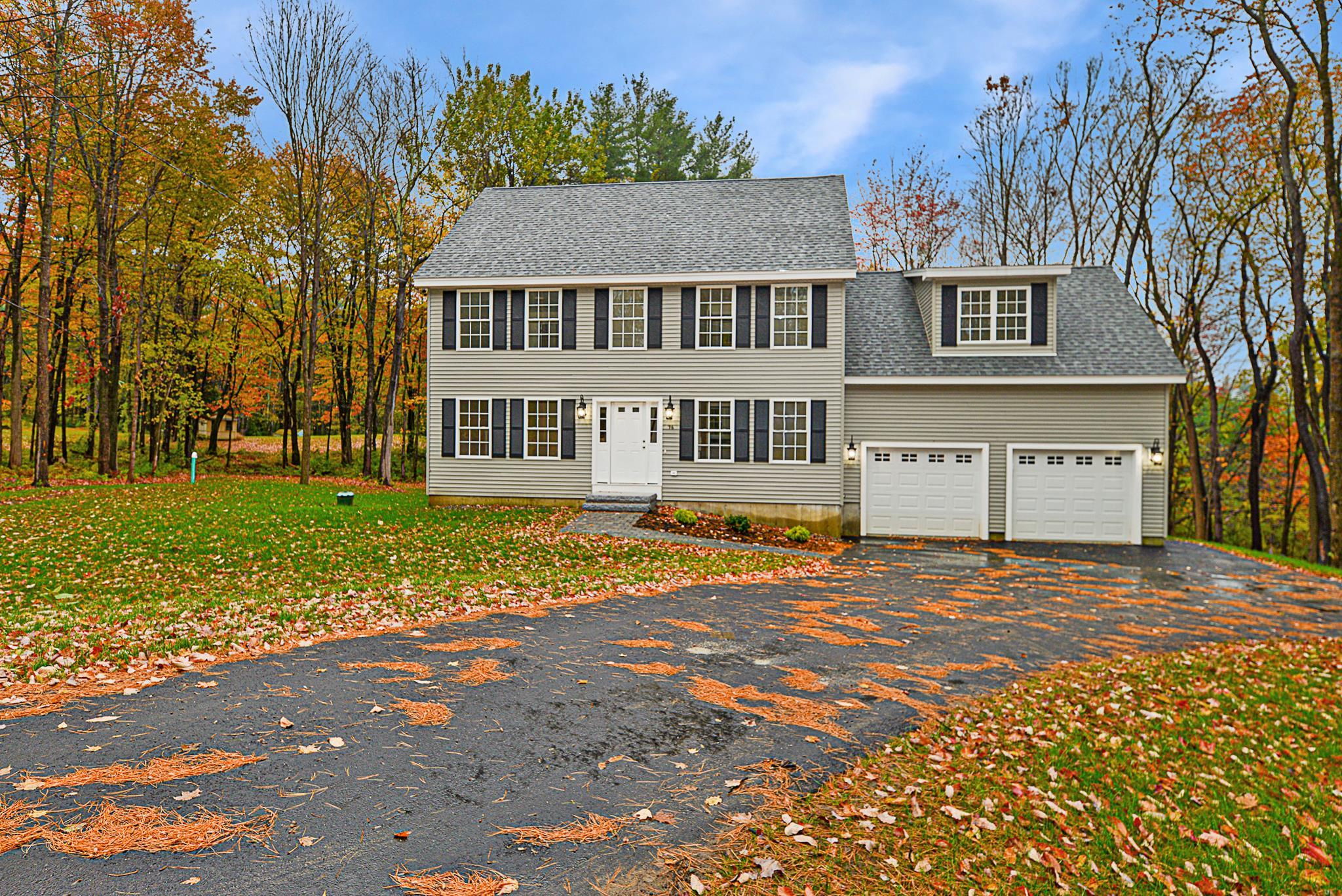 96 Pleasant Street, Epping, NH 03042