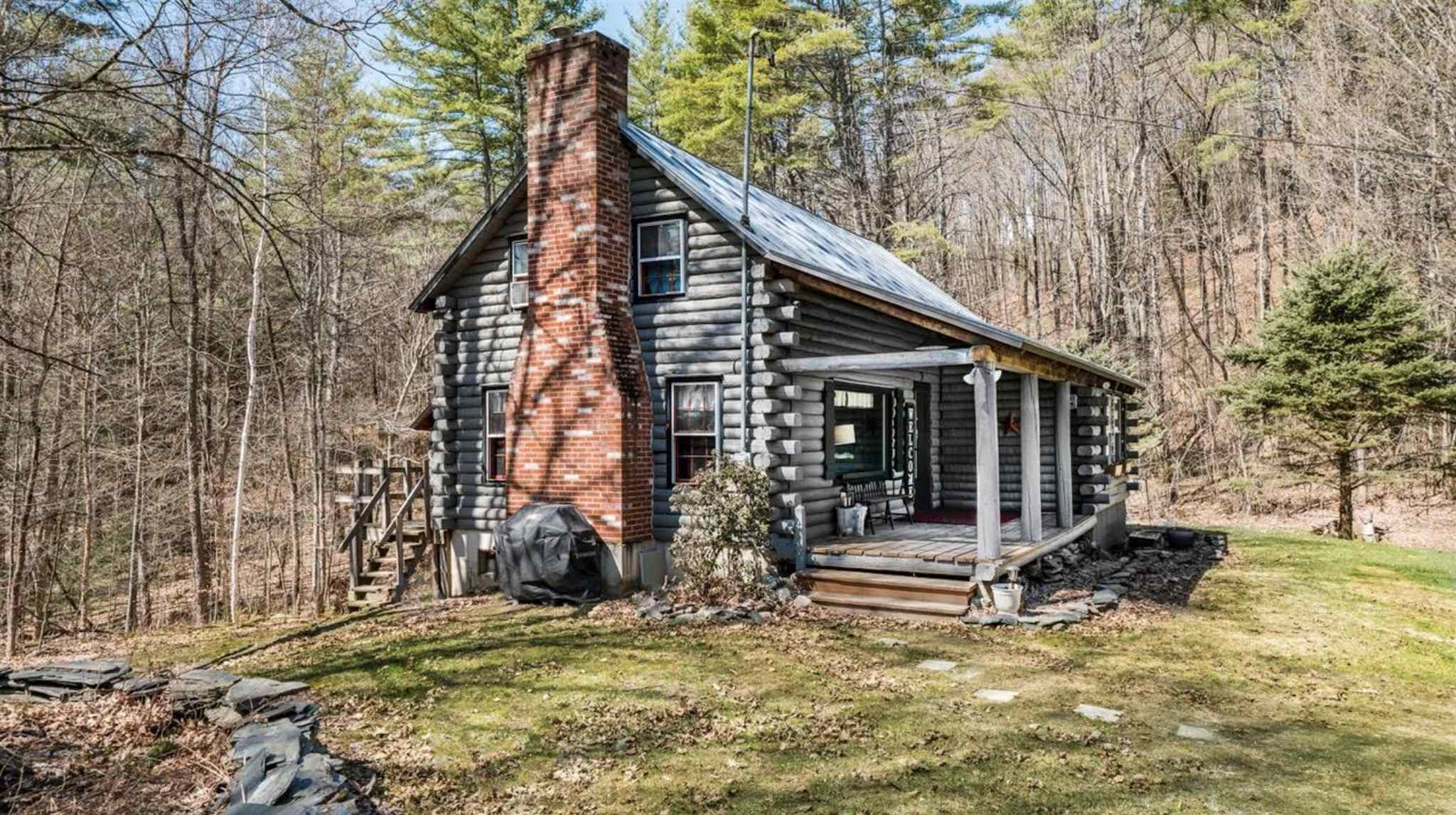 Hartland VT 05048Home for sale $List Price is $284,500