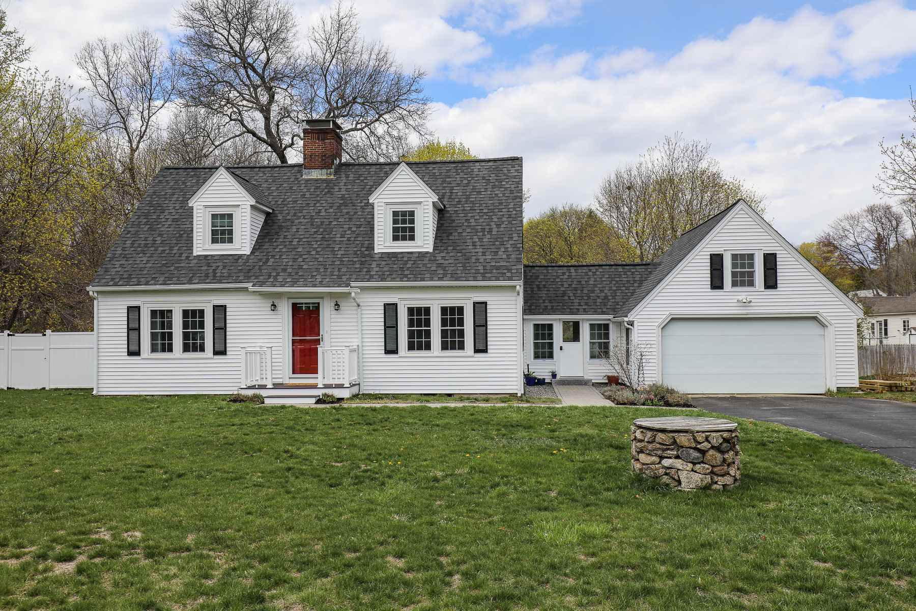 Photo of 451 Donald Street Bedford NH 03110