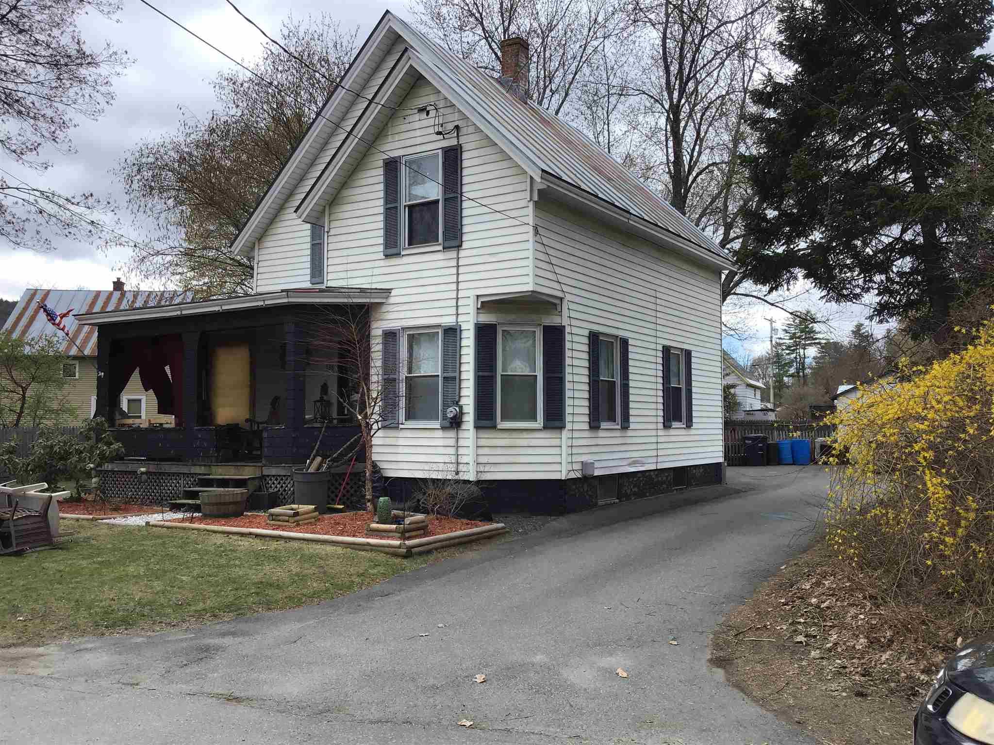 Hartford VT 05001Home for sale $List Price is $284,500