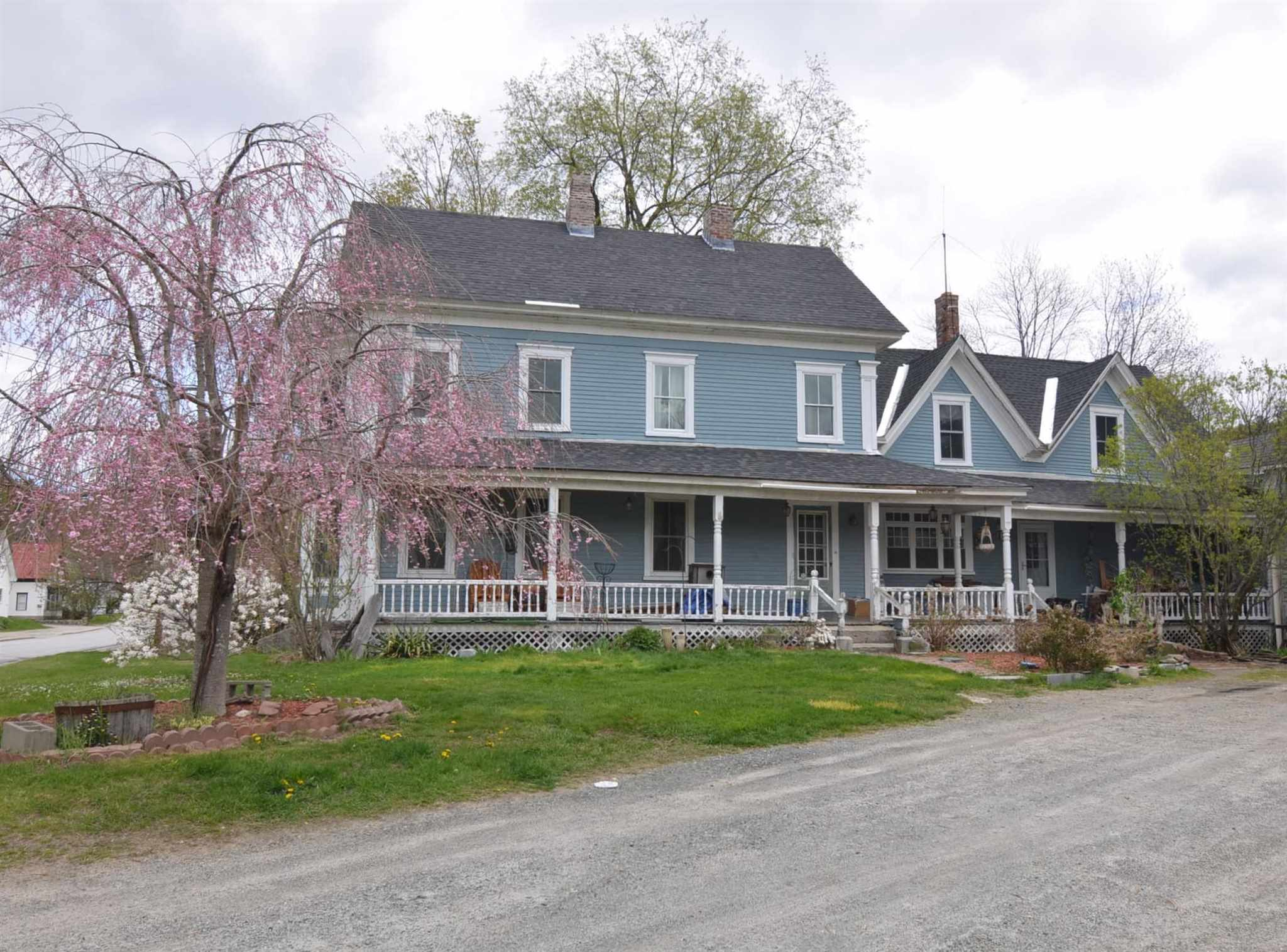 image of Sunapee NH Home | sq.ft. 5944