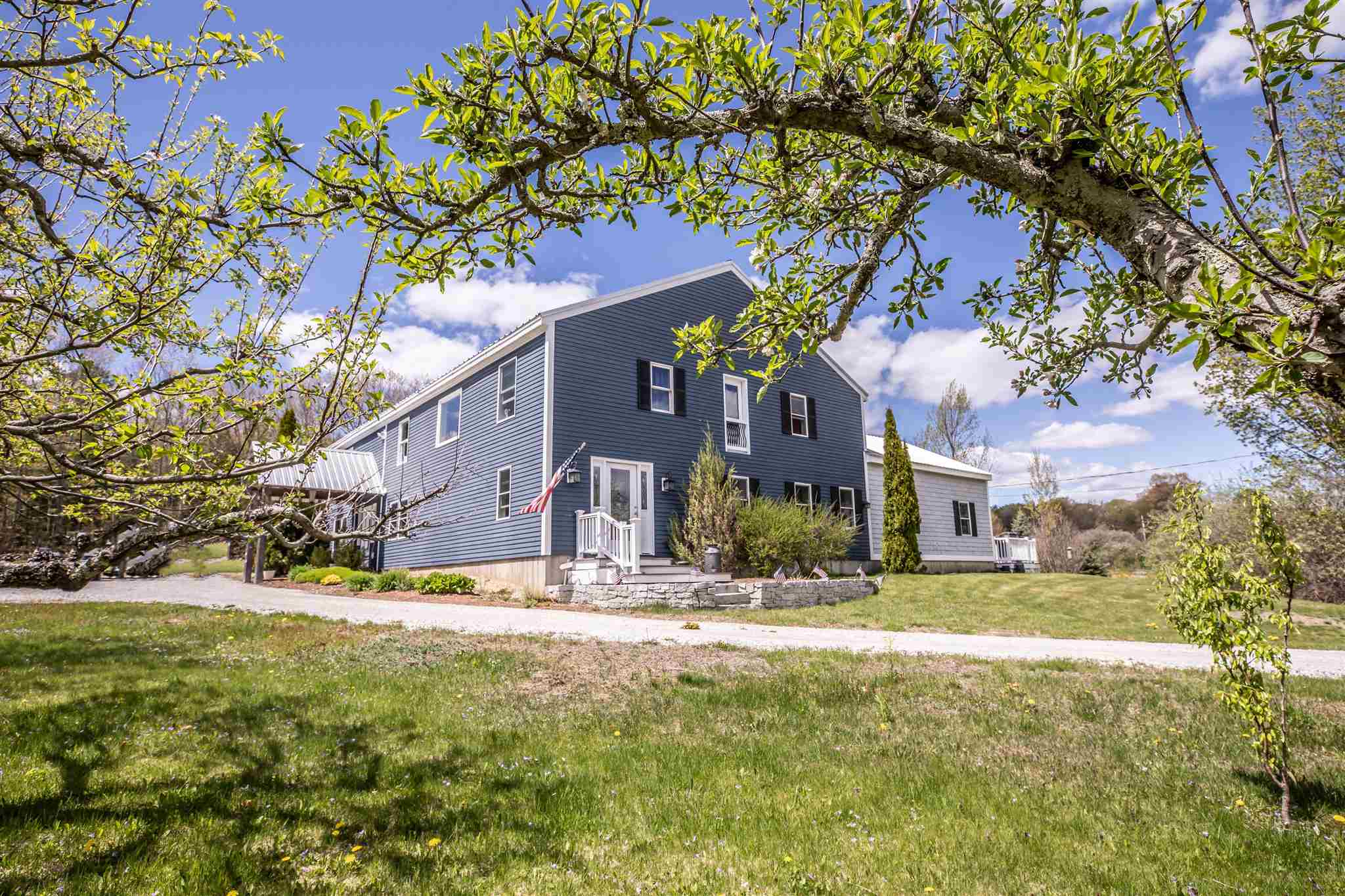 Photo of 765 Center Road Lyndeborough NH 03082