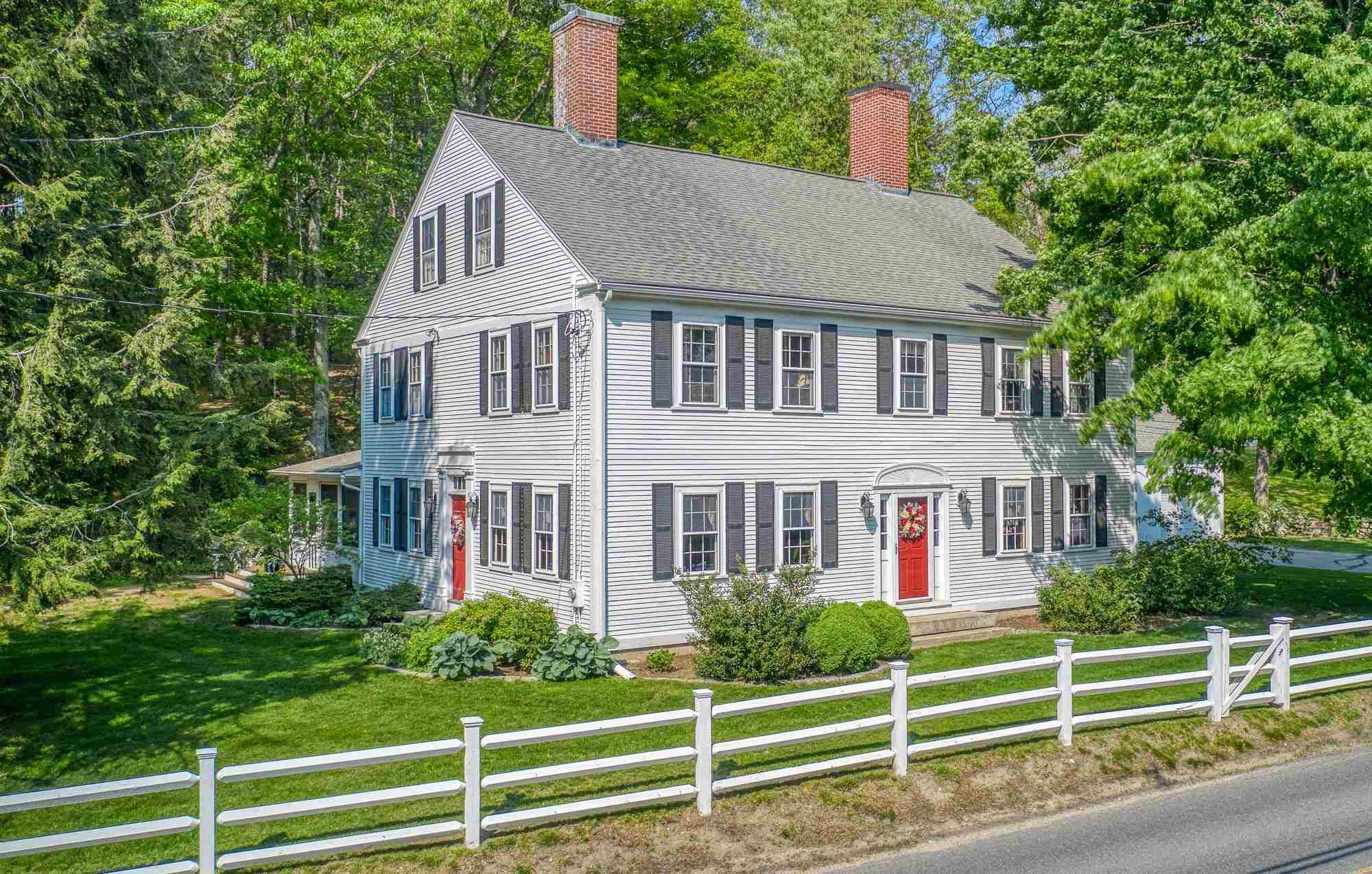 Photo of 382 BOSTON POST Road Amherst NH 03031