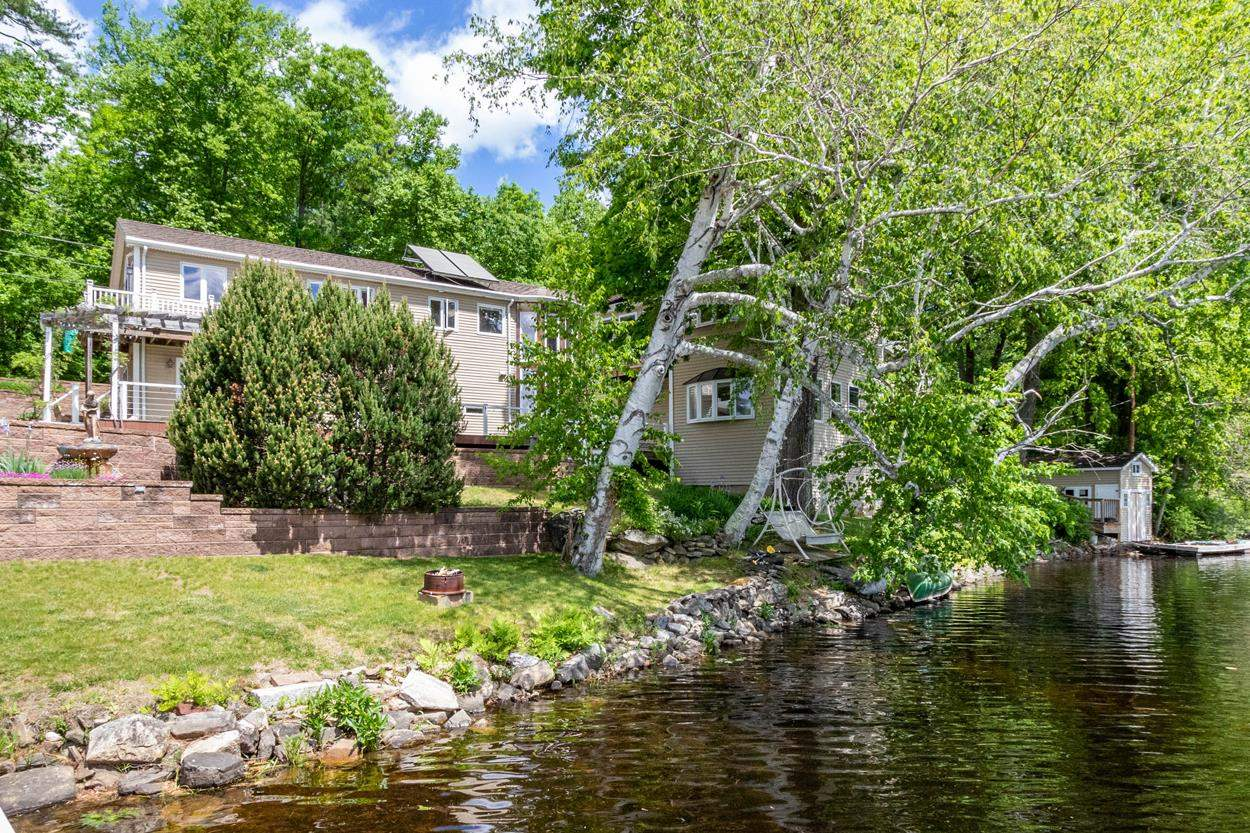 Photo of 2 Dow Road Windham NH 03087