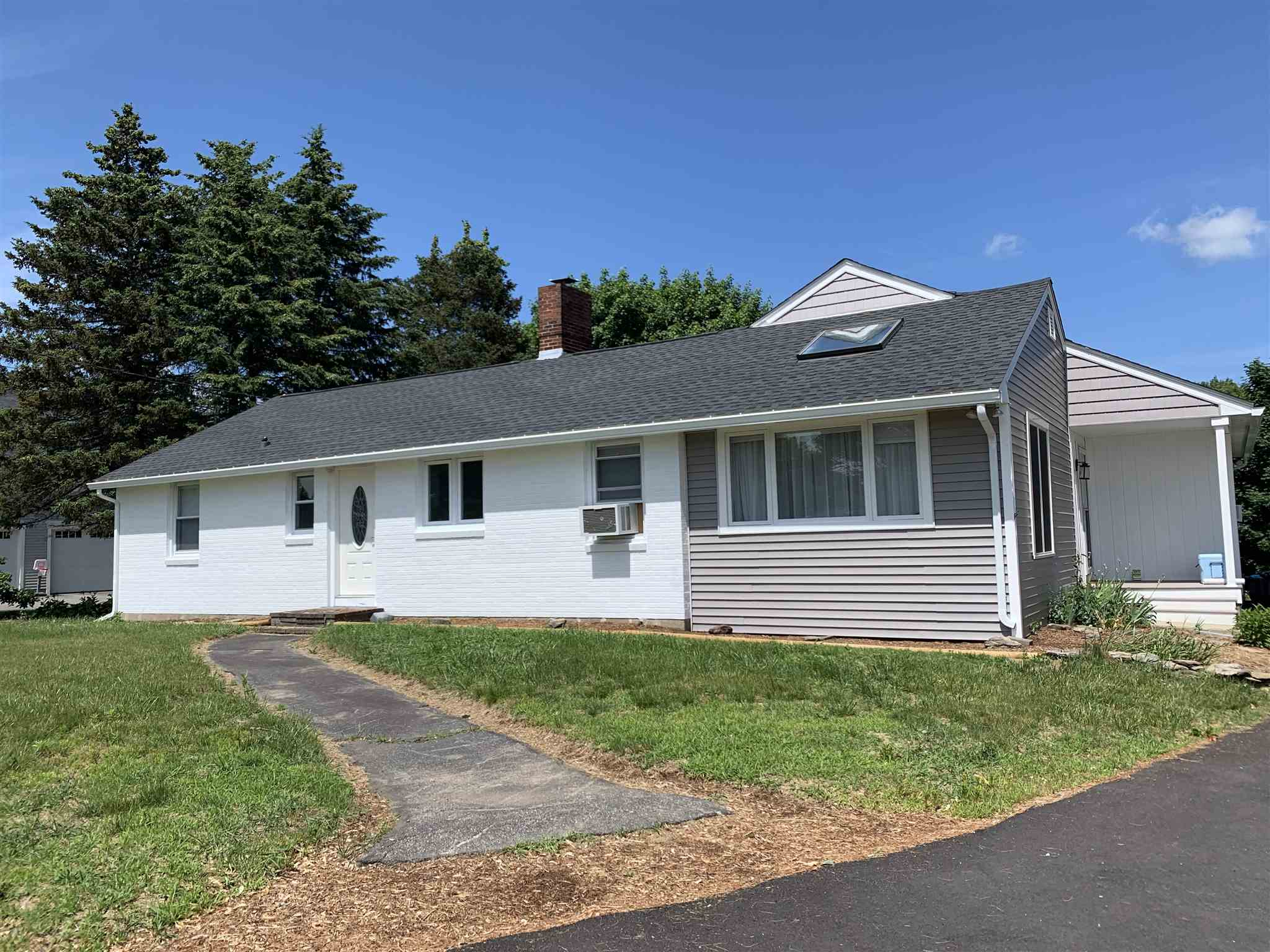 Photo of 157 Bunker Hill Avenue Stratham NH 03885