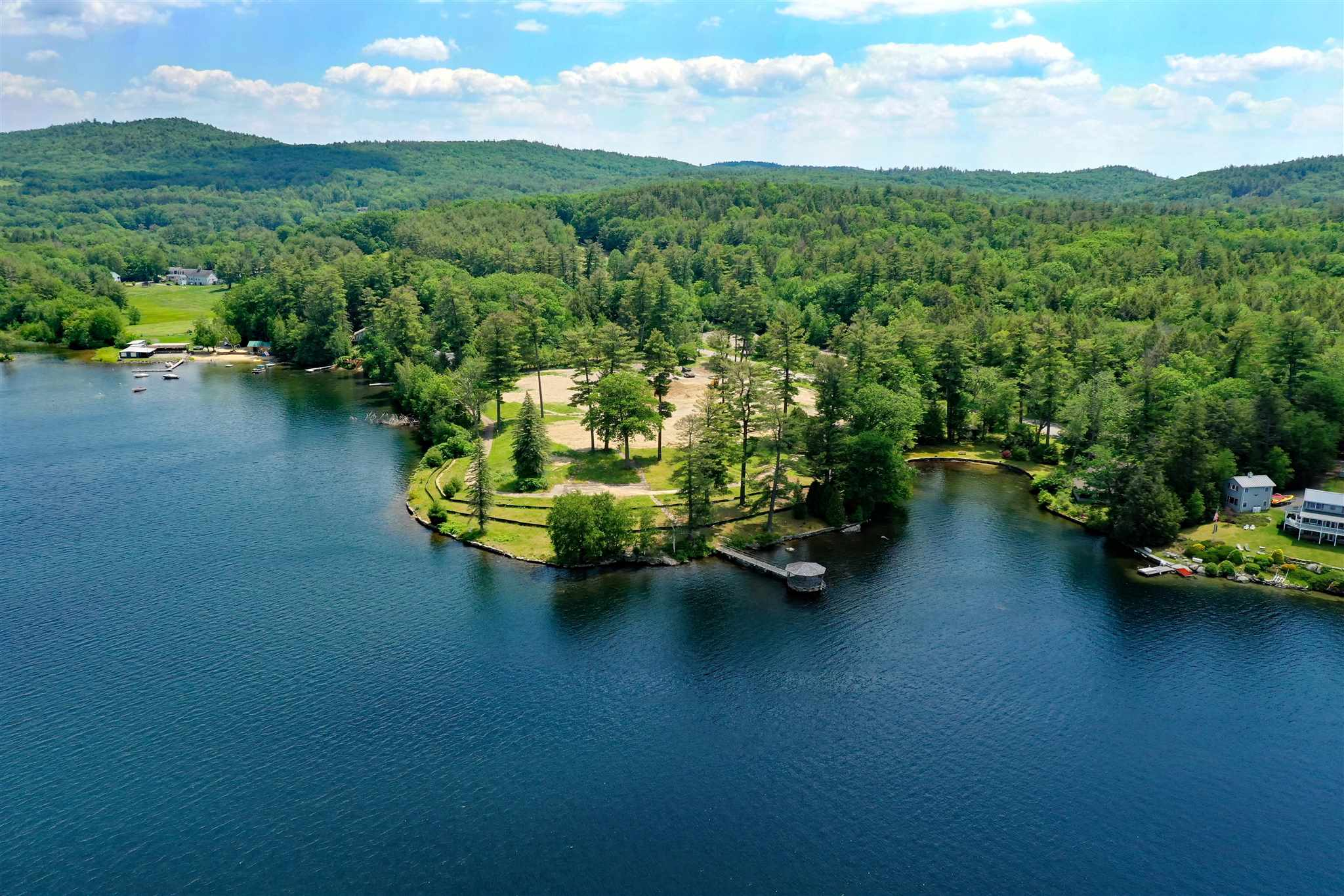 CHESTERFIELD NHLAND  for sale $$950,000   0.89 Acres    Price Per Acre $0
