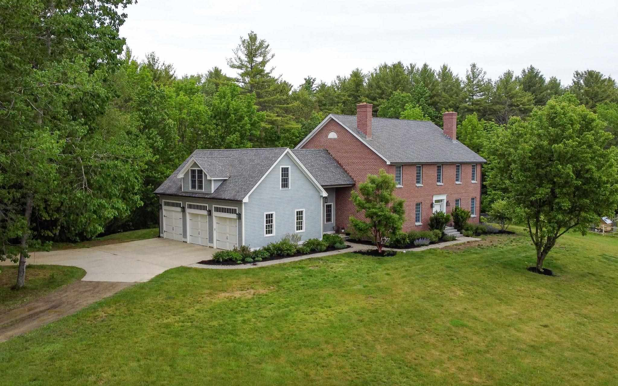 Photo of 442 Old Garrison Road Dover NH 03820