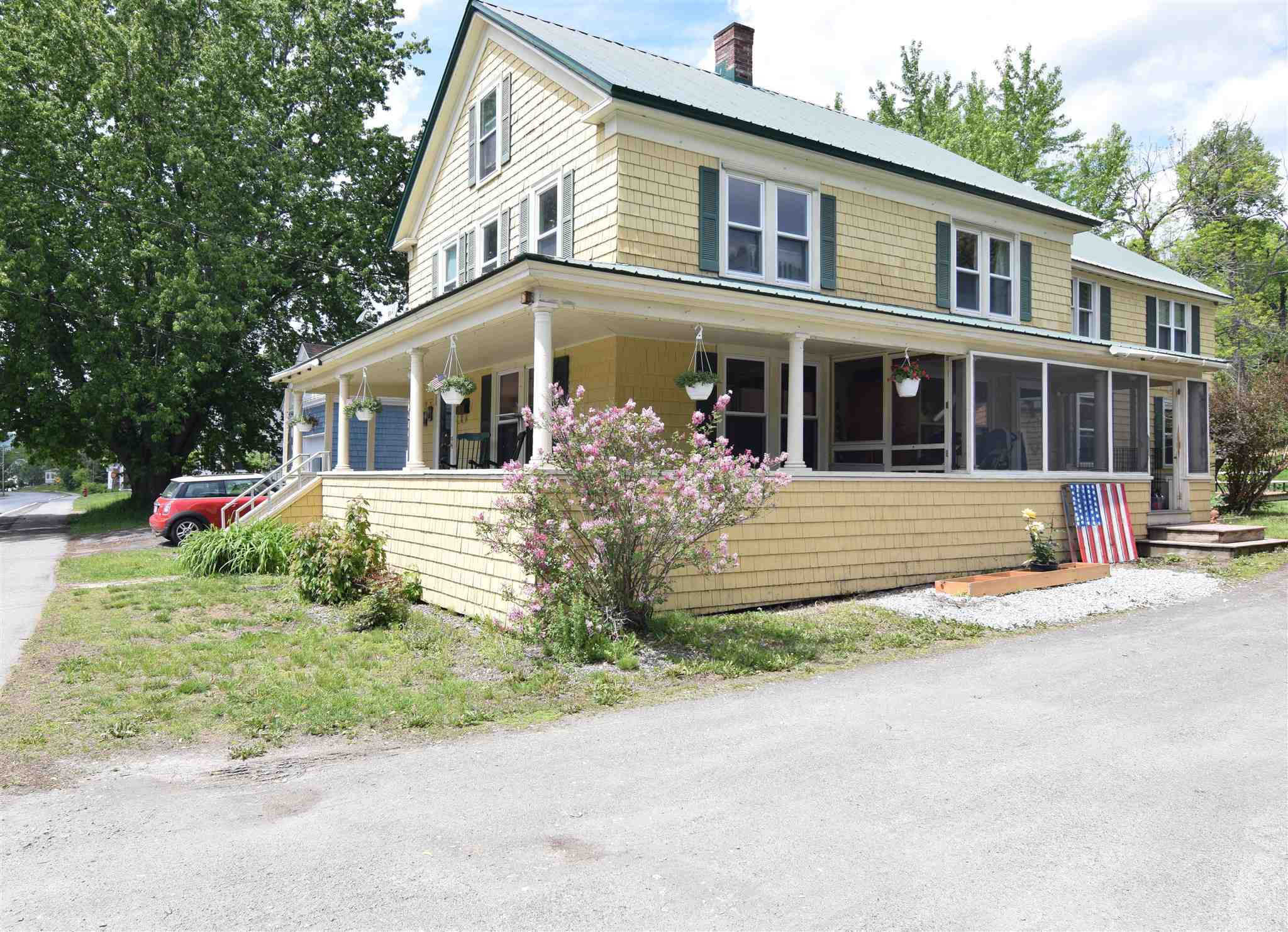 98 Middle Street, Lancaster, NH 03584