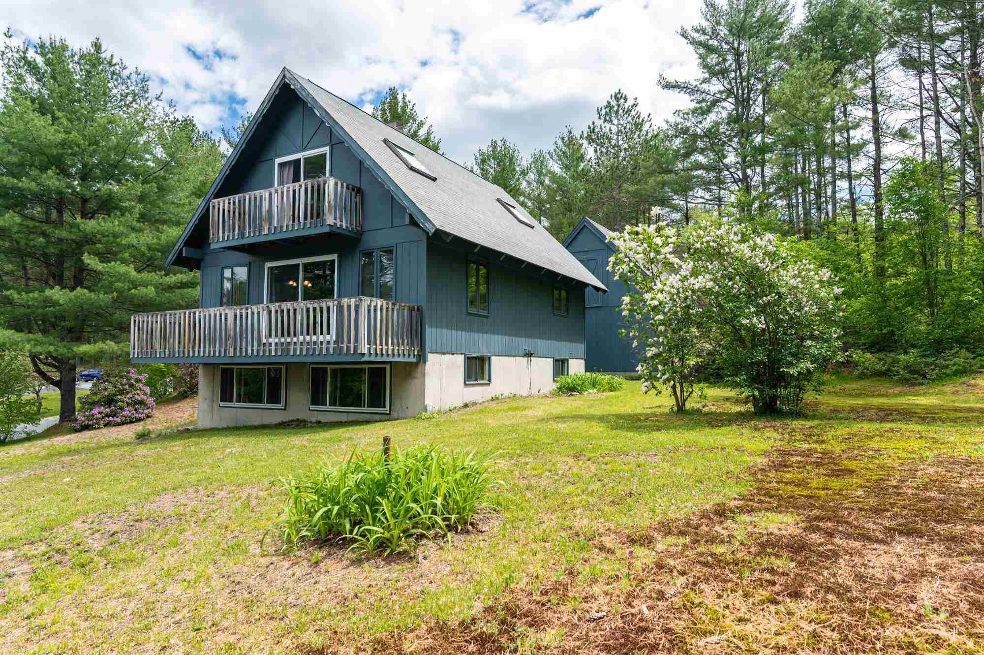 Newbury NH 03255Home for sale $List Price is $375,000