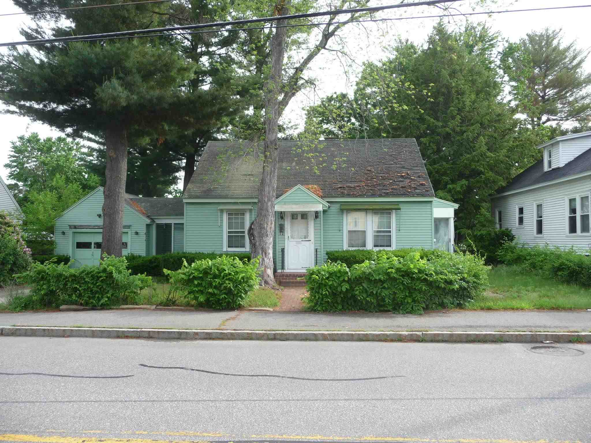 Photo of 329 Mast Road Manchester NH 03102