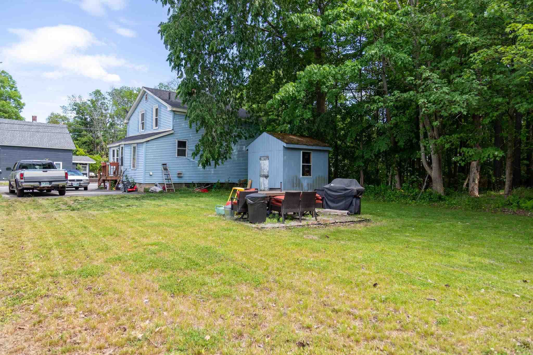 Photo of 44 College Road Goffstown NH 03045