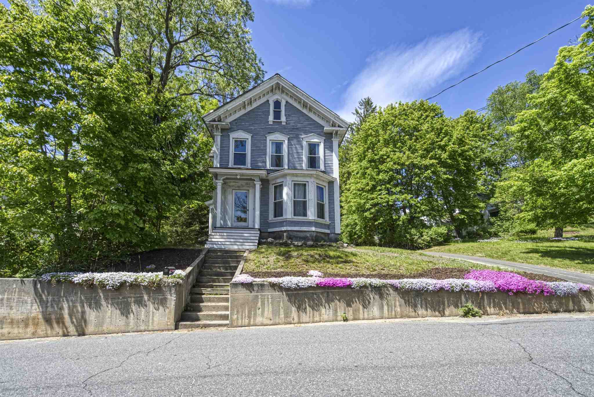 Newport NH 03773Multi Family for sale $List Price is $169,000