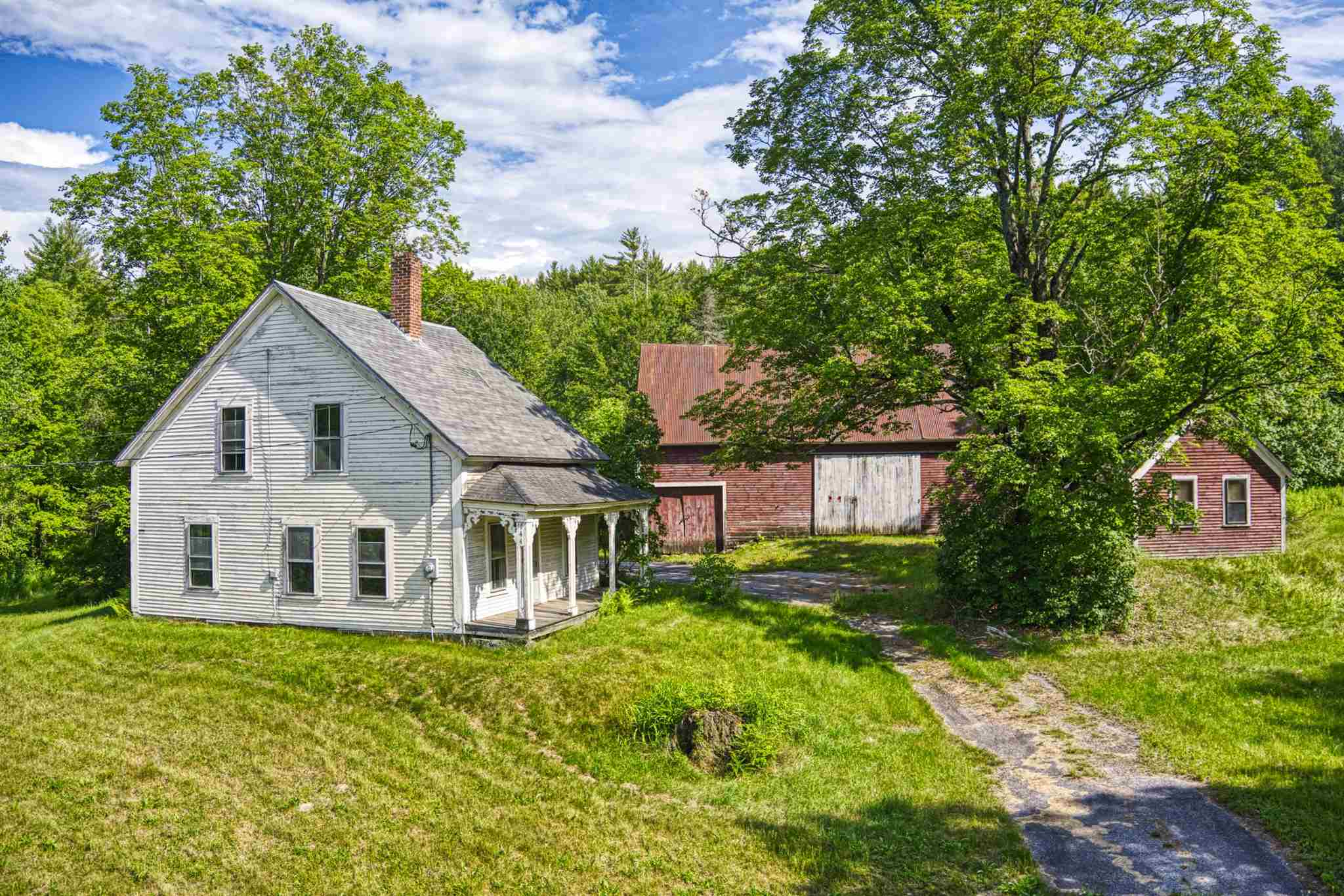 Sunapee NH 03782Home for sale $List Price is $799,000