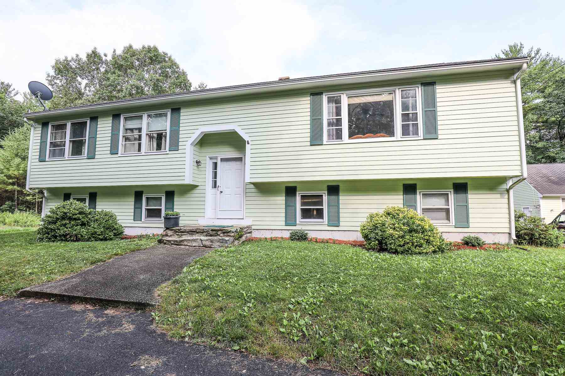 29 Beacon Hill Road, Derry, NH 03038