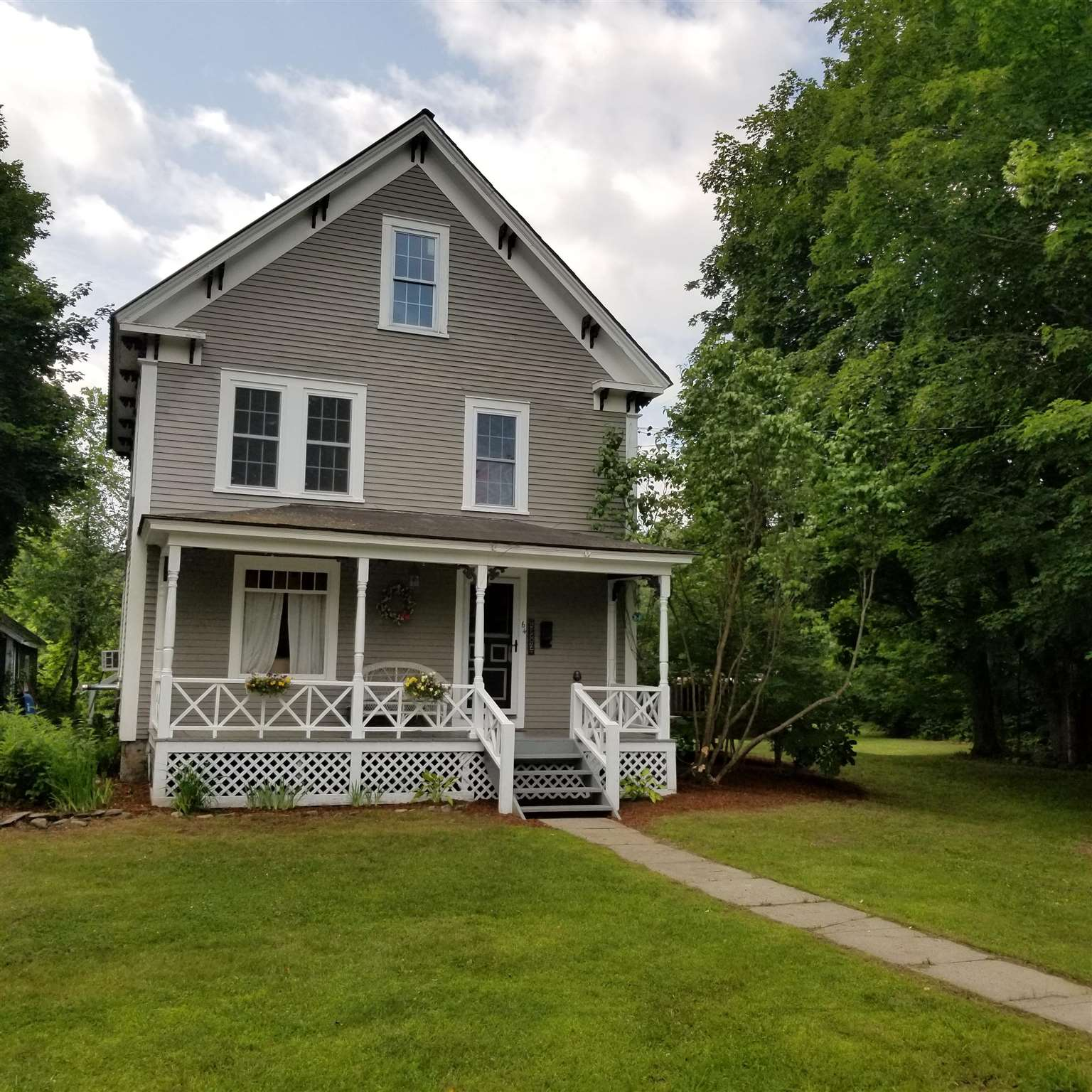 Newport NH 03773Home for sale $List Price is $239,900