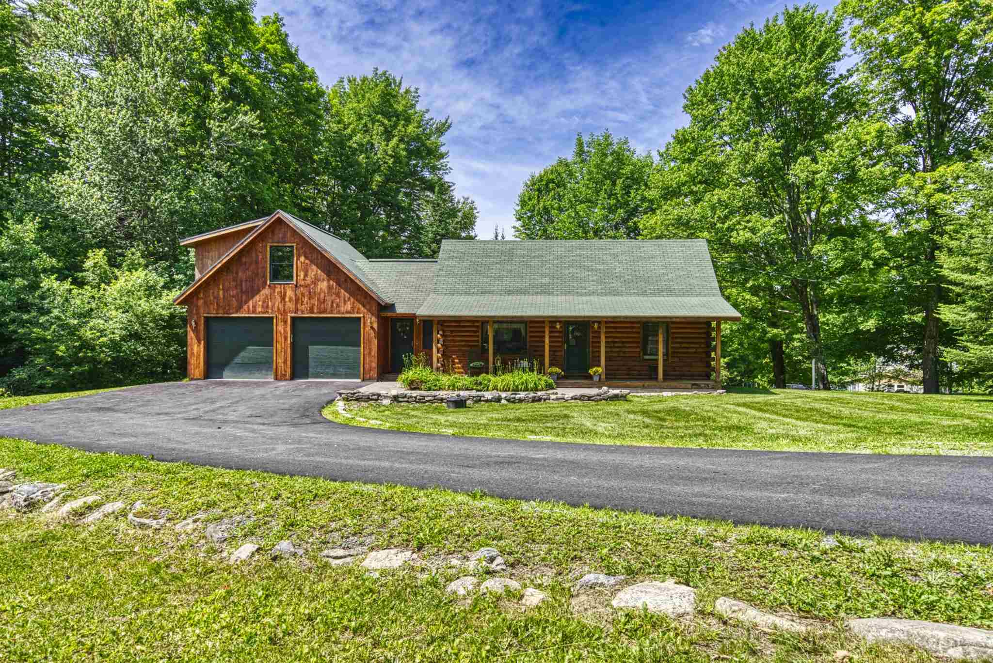 Sunapee NH 03782Home for sale $List Price is $499,000