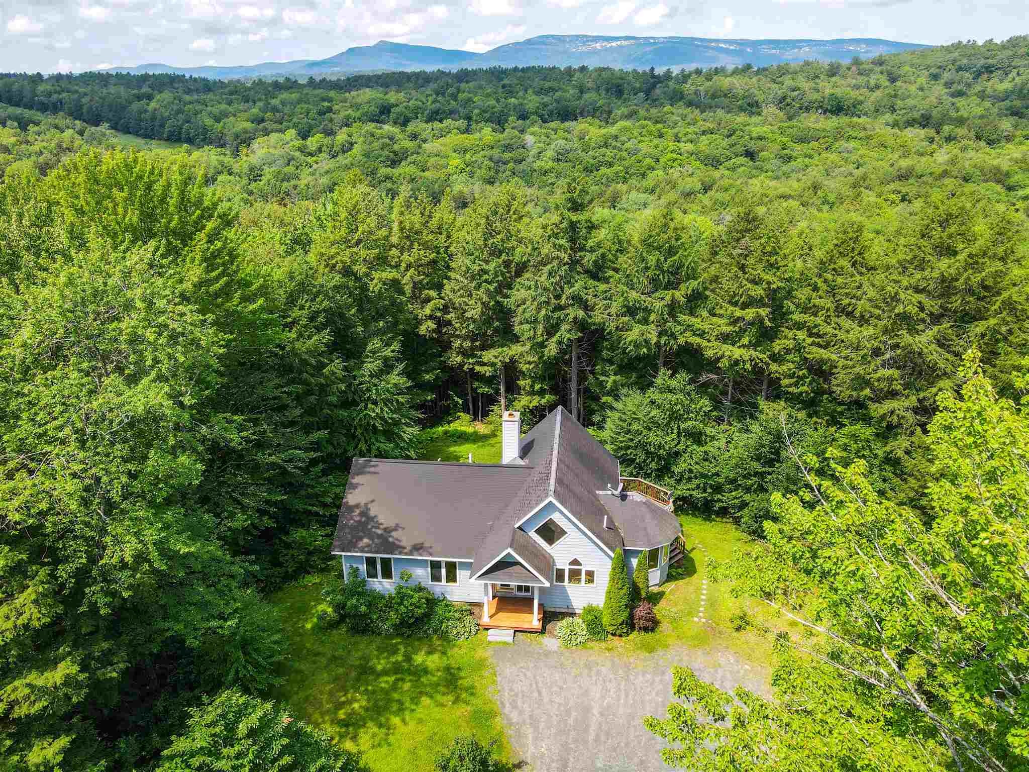 Village of Eastman in Town of Grantham NH  03753Home for sale $List Price is $395,000
