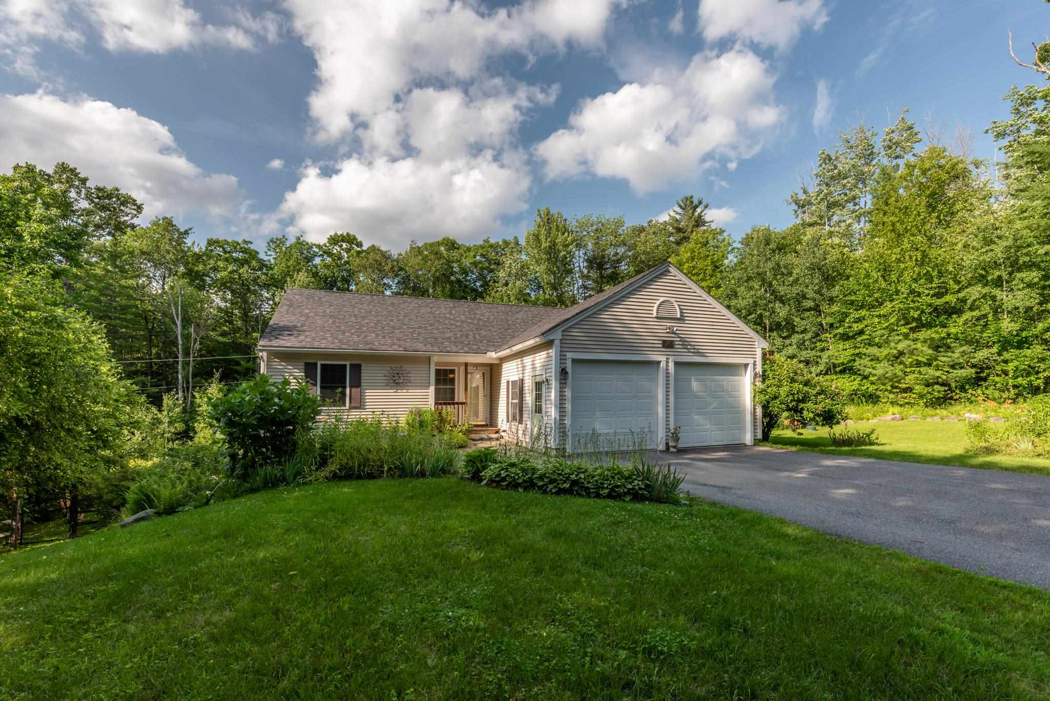 Sunapee NH 03782Home for sale $List Price is $410,000
