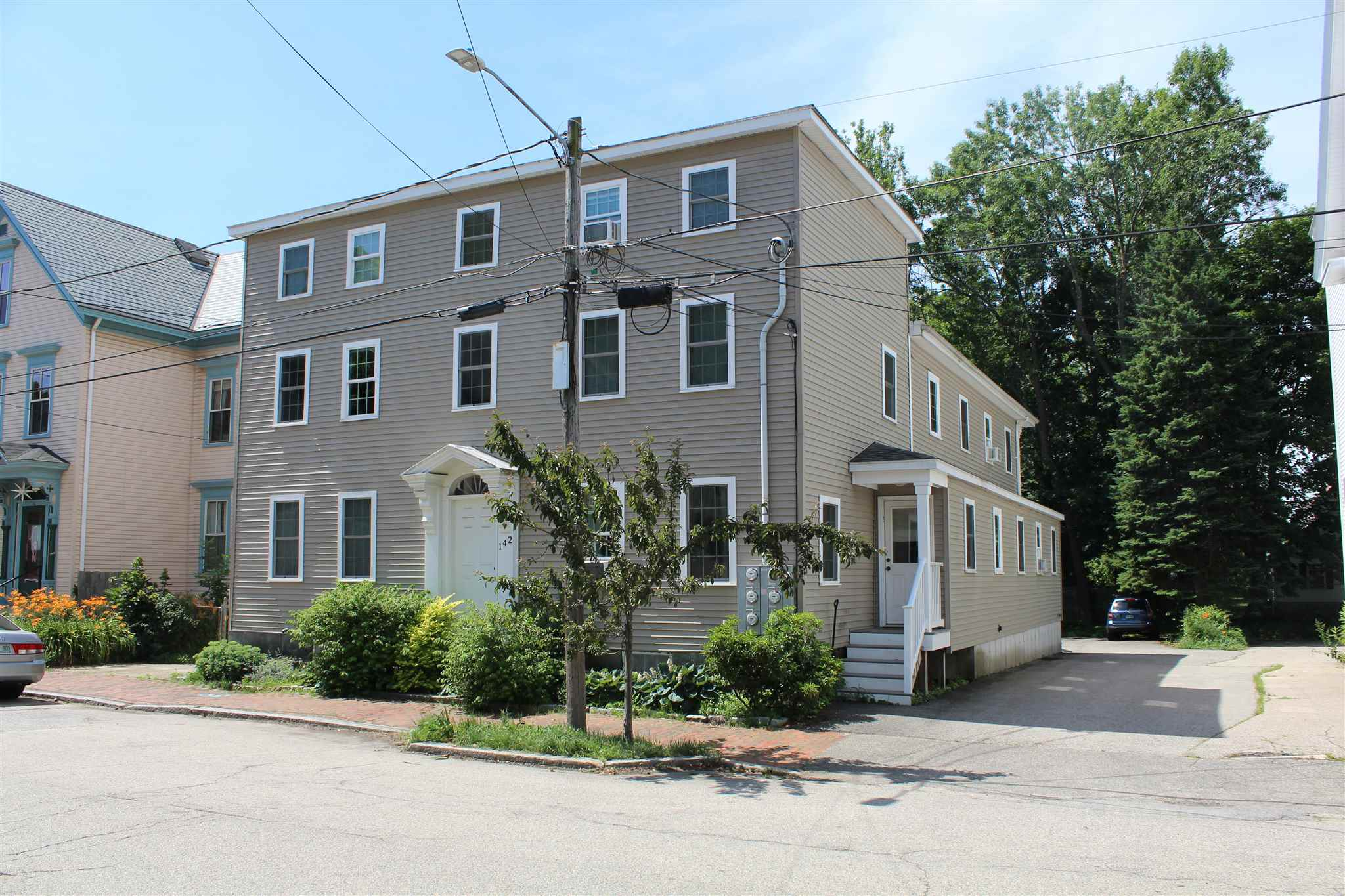 142 Cabot Street 3, Portsmouth, NH 03801