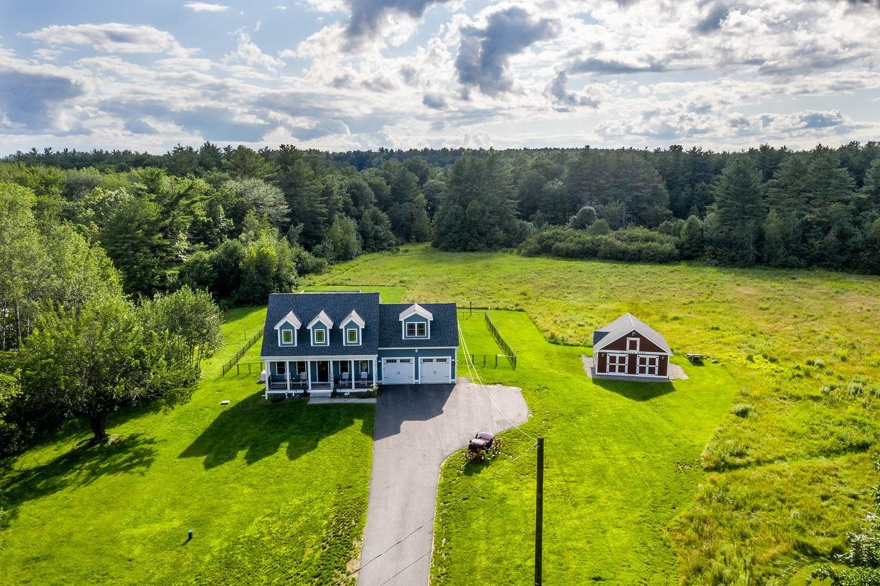 36 Lee Hill Road, Epping, NH 03042