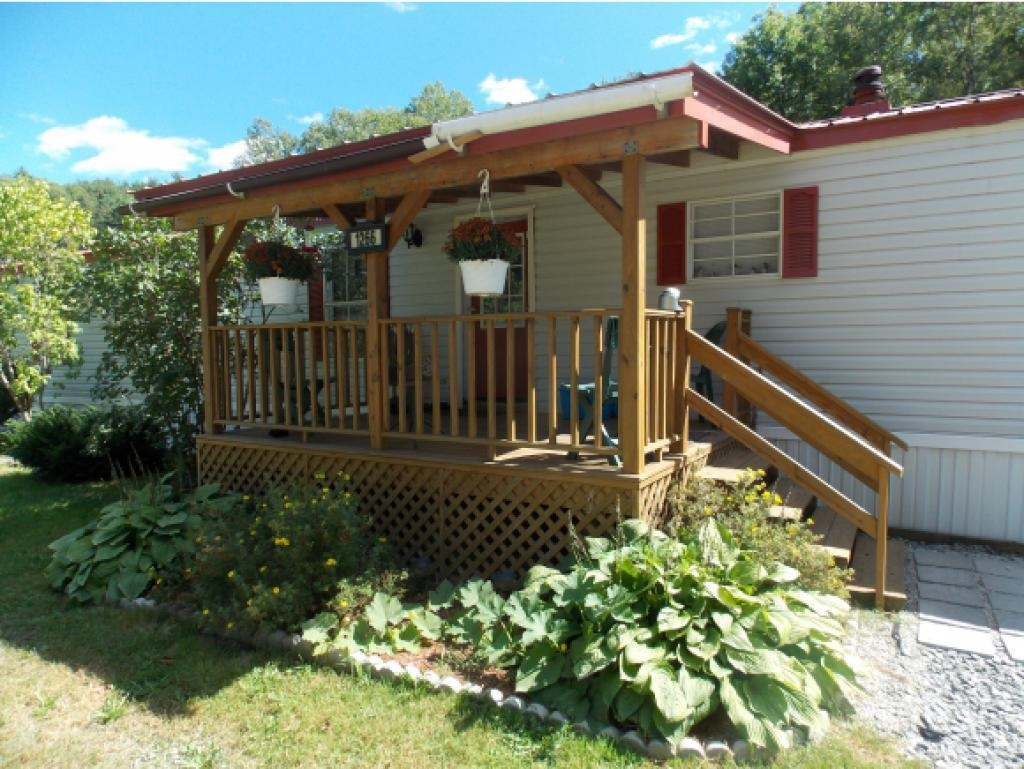 1266 Wellwood Orchard Road, Weathersfield, VT 05156