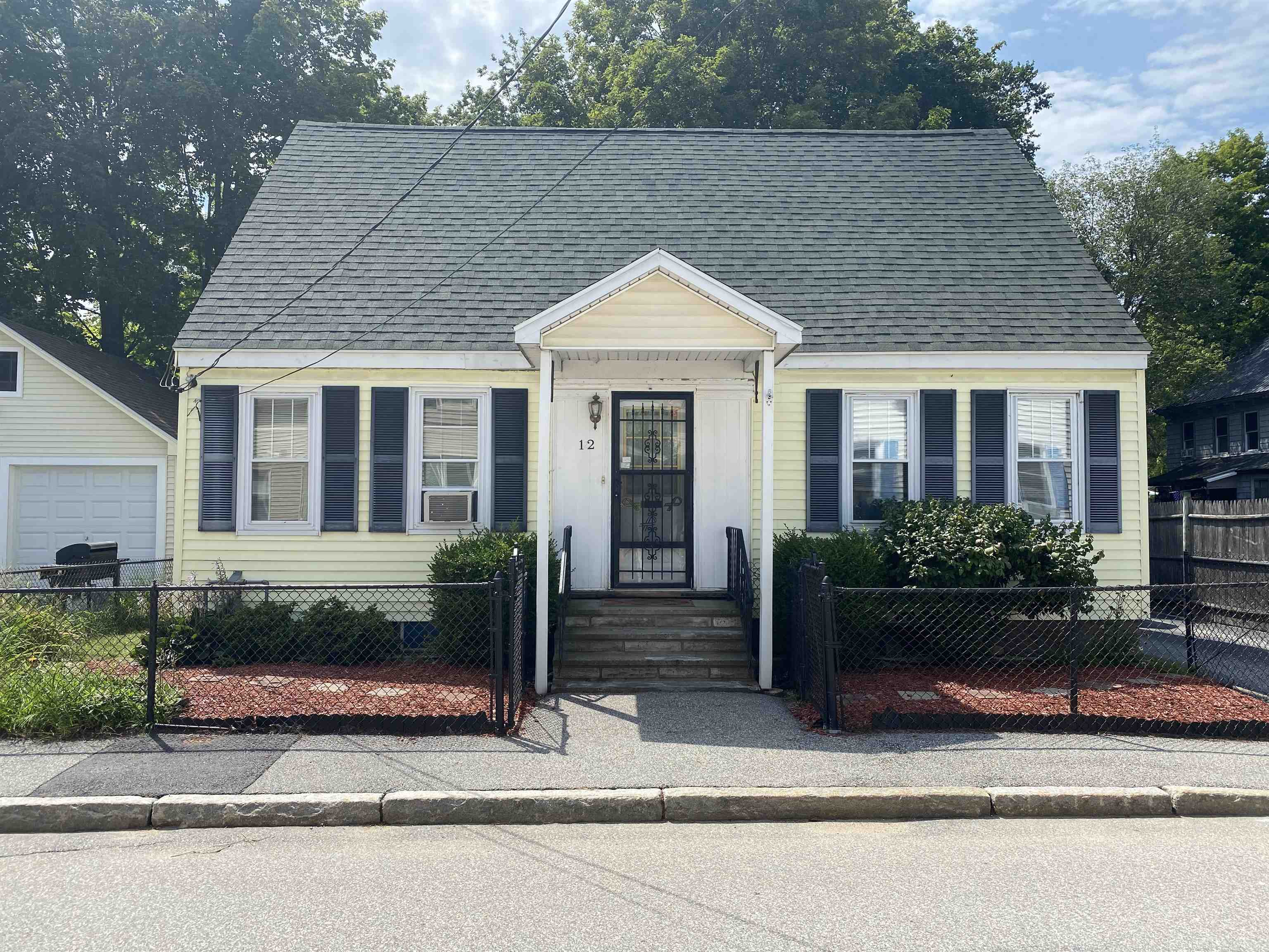 12 Myrtle Street, Concord, NH 03301