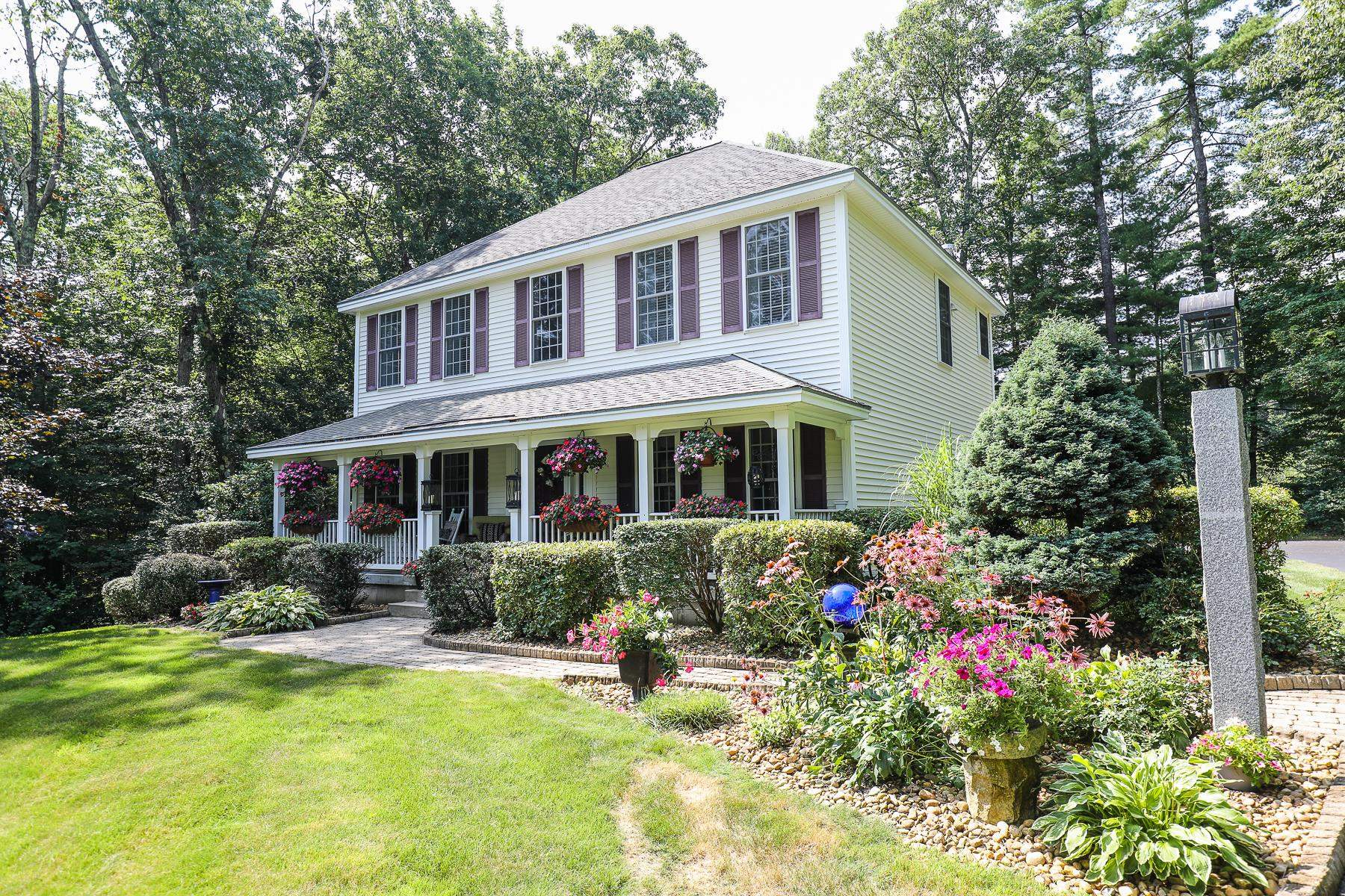 Photo of 31 Longbrook Road Goffstown NH 03045