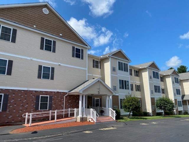 65 Fordway Extension 3-204, Derry, NH 03038
