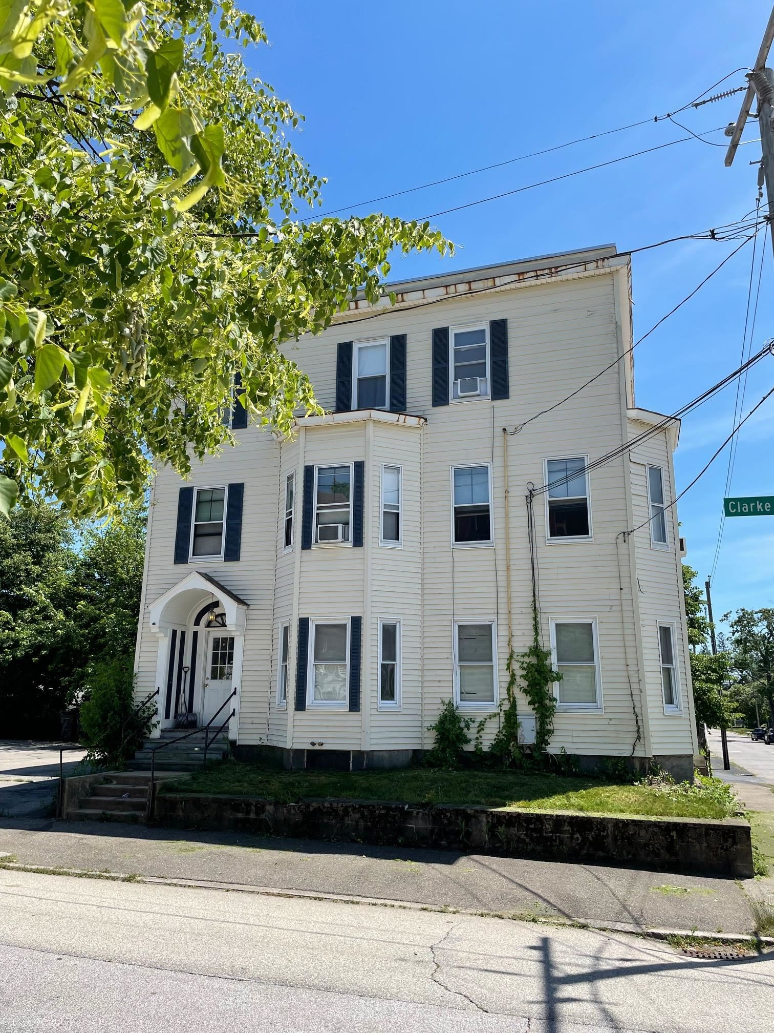 Photo of 151 Ray Street Manchester NH 03104