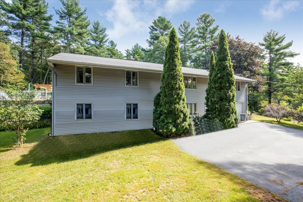 Photo of 3 Field Road Windham NH 03087