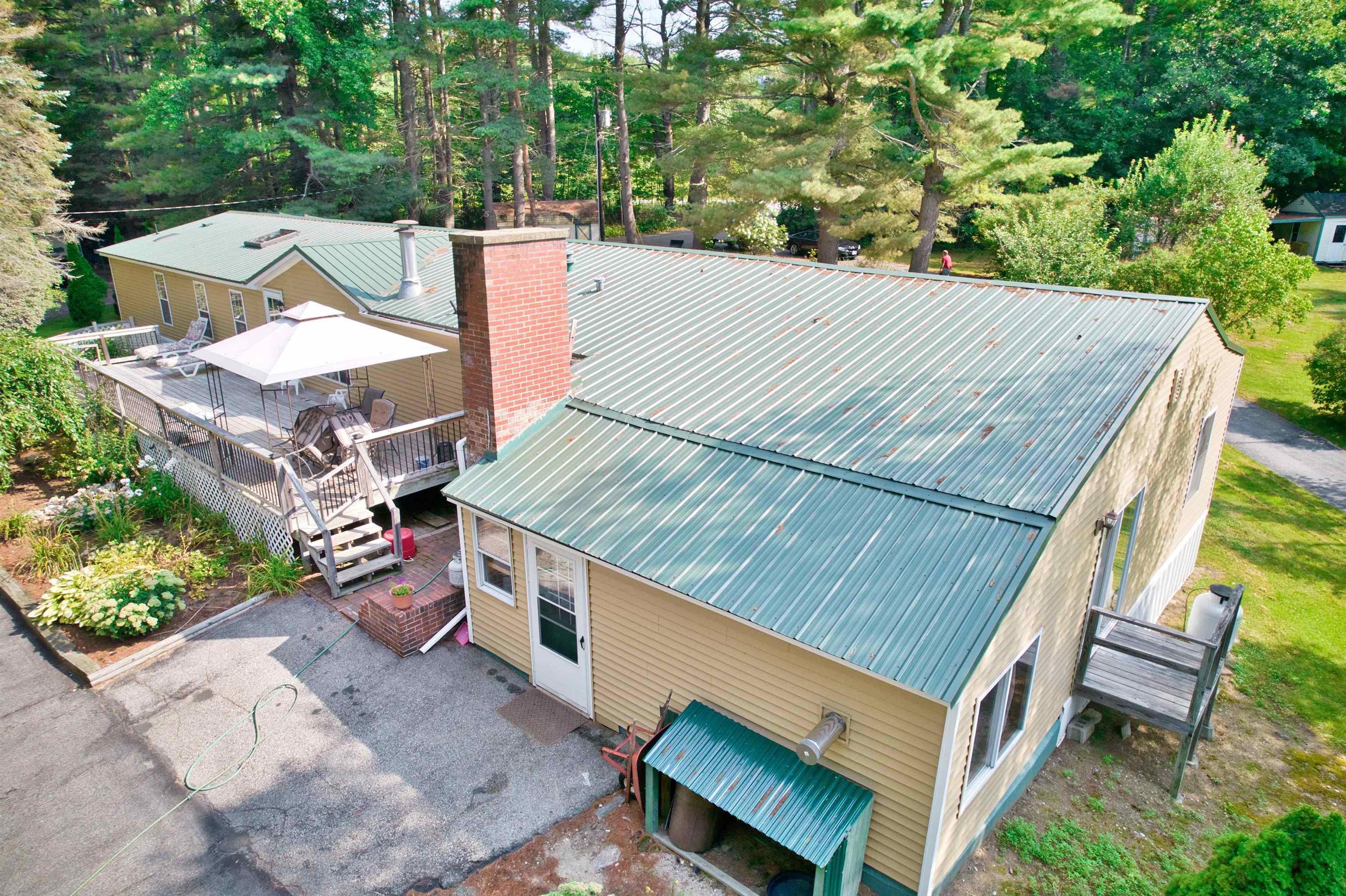 ALTON NHLake House for sale $$399,000 | $107 per sq.ft.