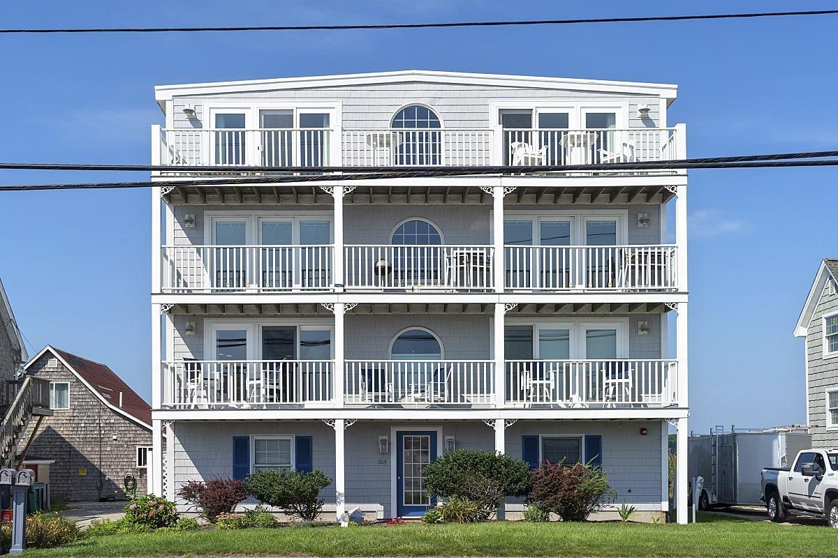 605 Ocean Boulevard 1, Hampton, NH 03842