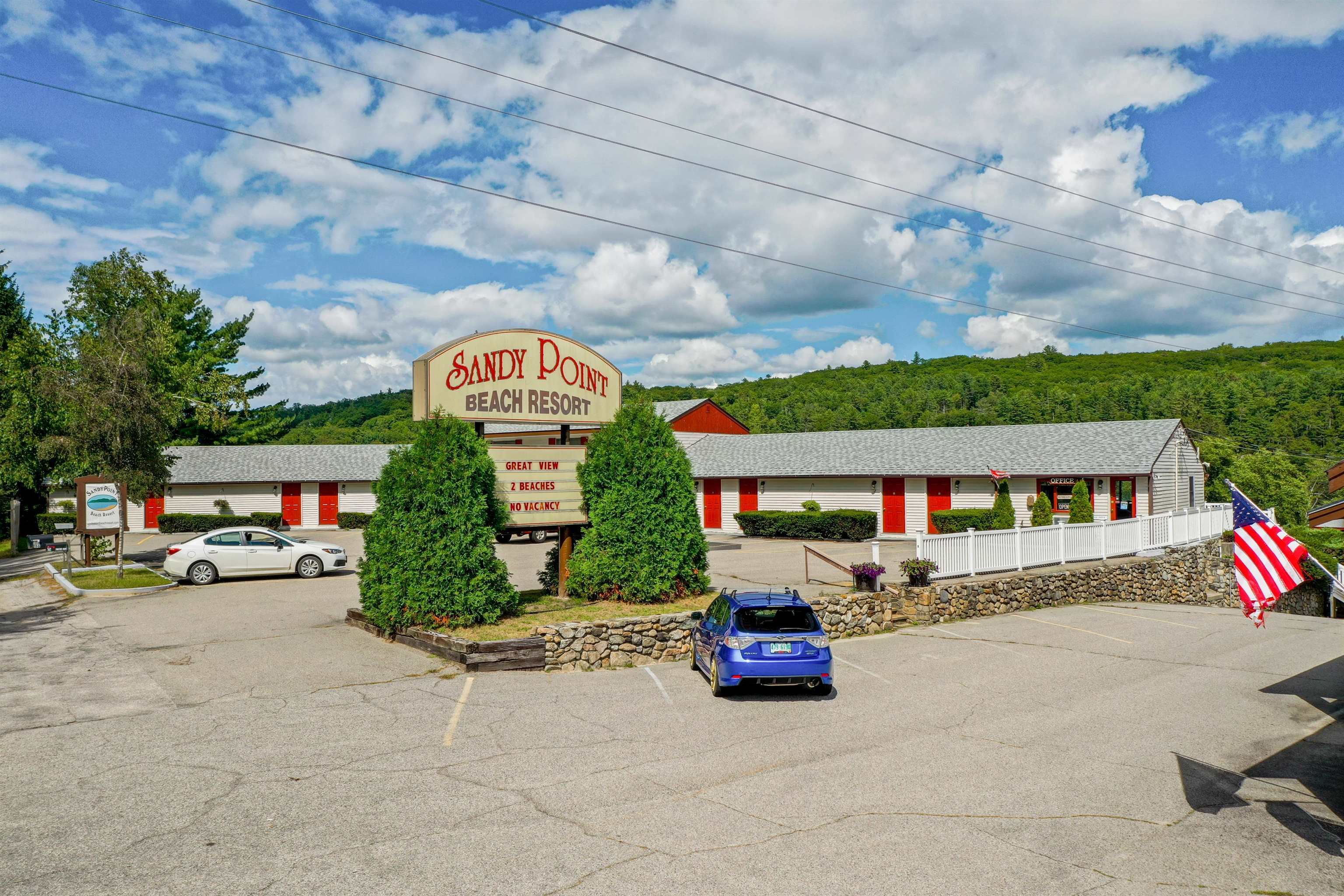 VILLAGE OF ALTON BAY IN TOWN OF ALTON NHLake House for sale $$12,500,000 | $338 per sq.ft.