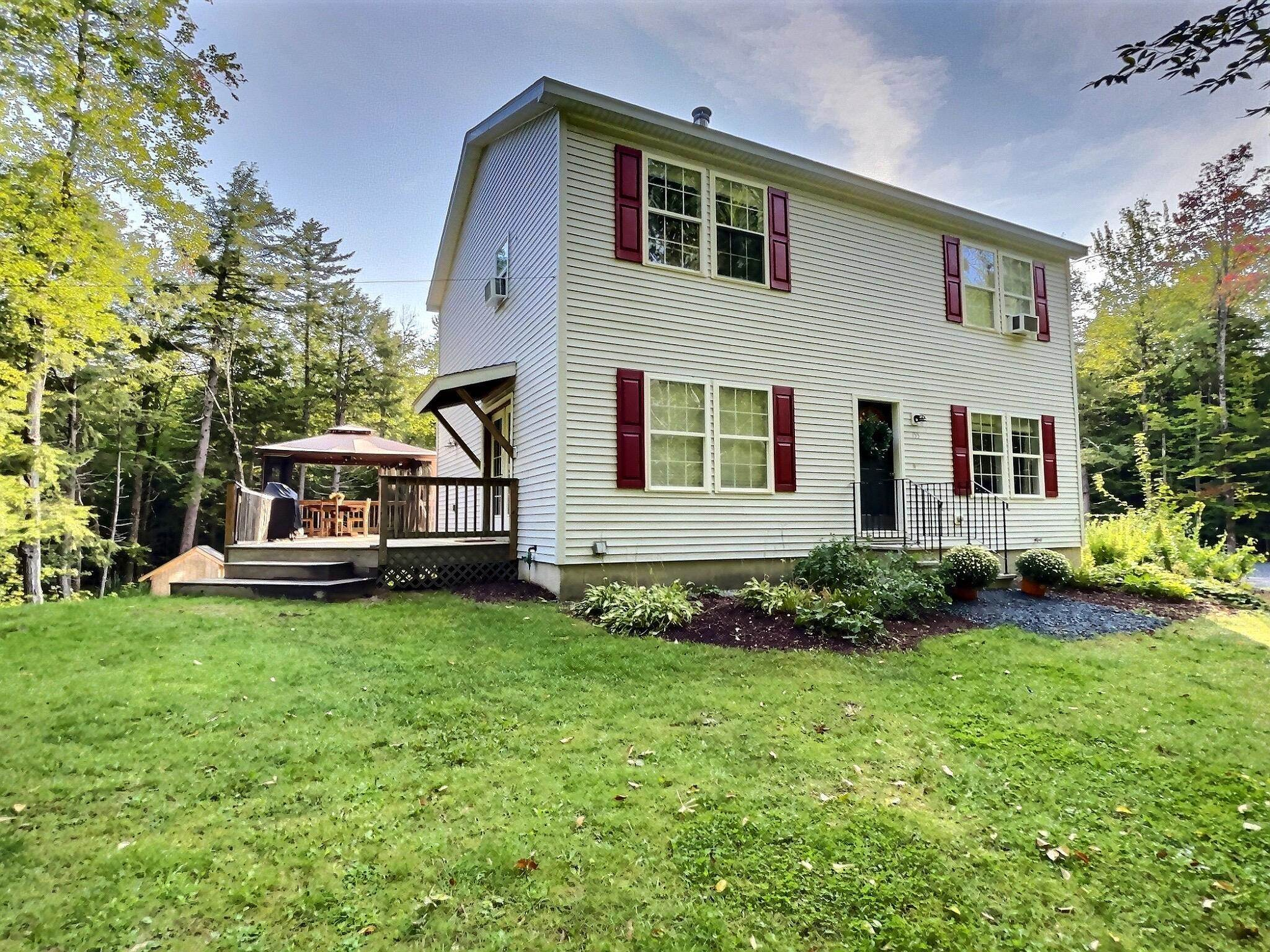 Newbury NH 03255Home for sale $List Price is $389,000