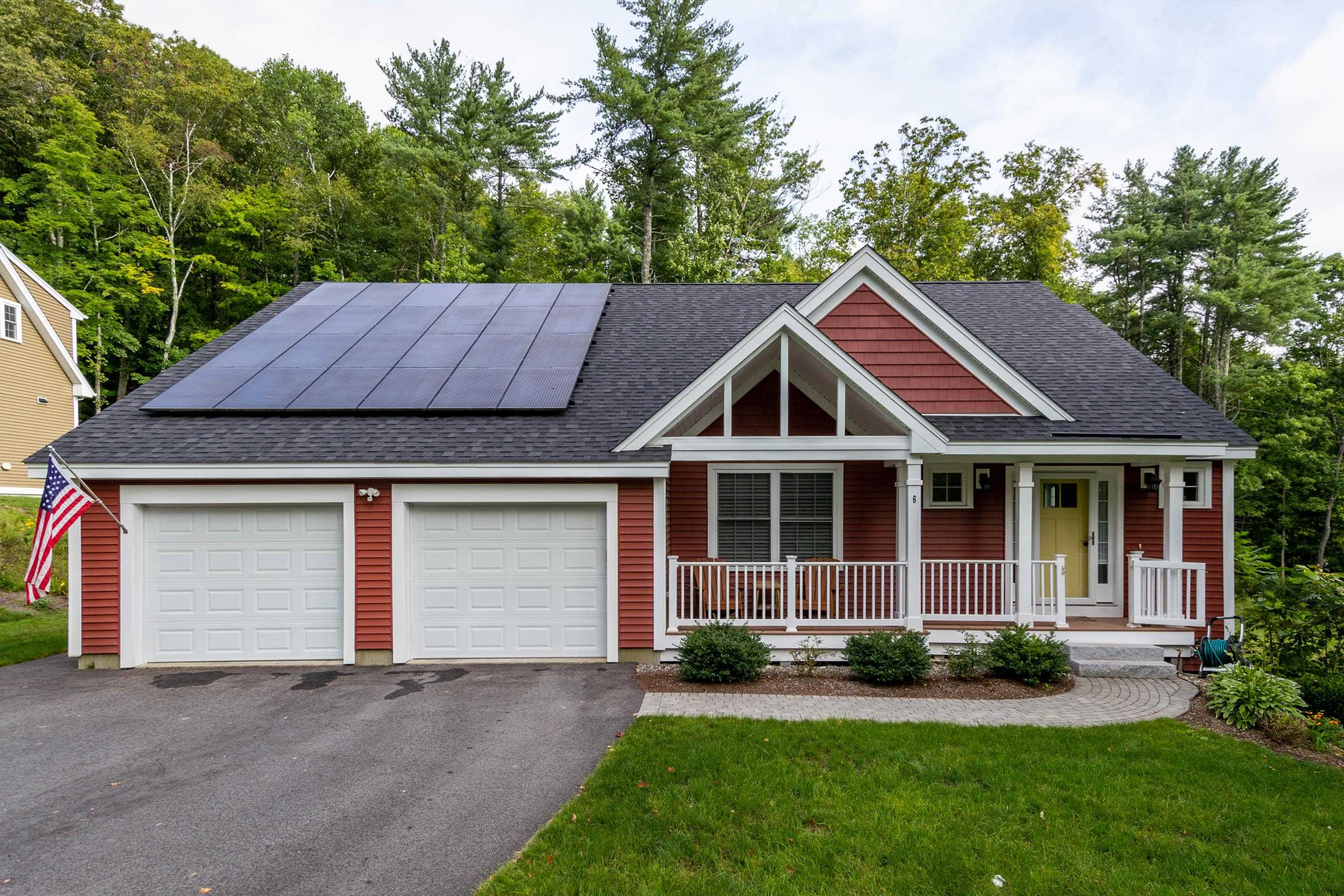 Photo of 6 Hayden Place Newmarket NH 03857