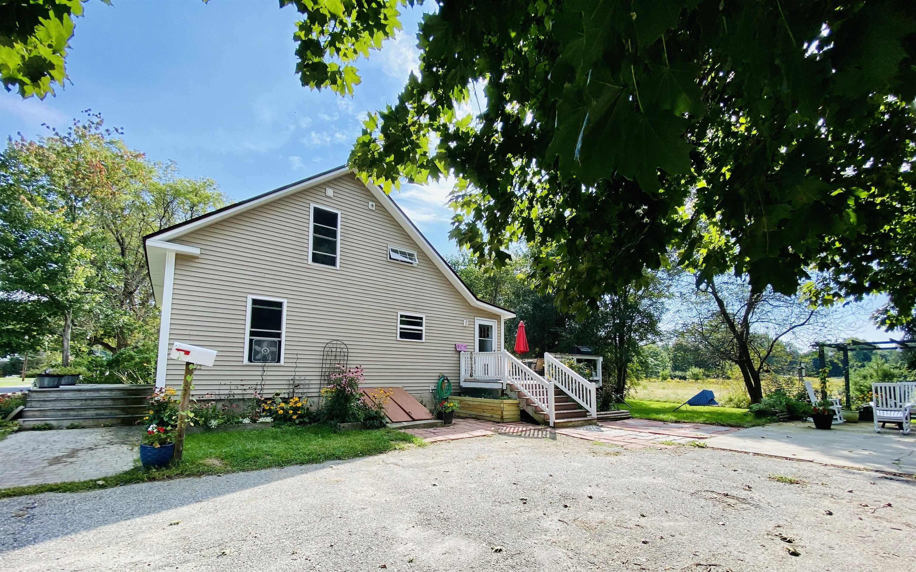 Newport NH 03773Home for sale $List Price is $220,000